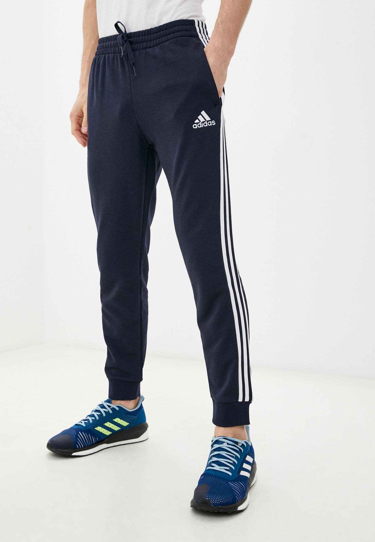 Мужские брюки Adidas (Адидас) GK8888
