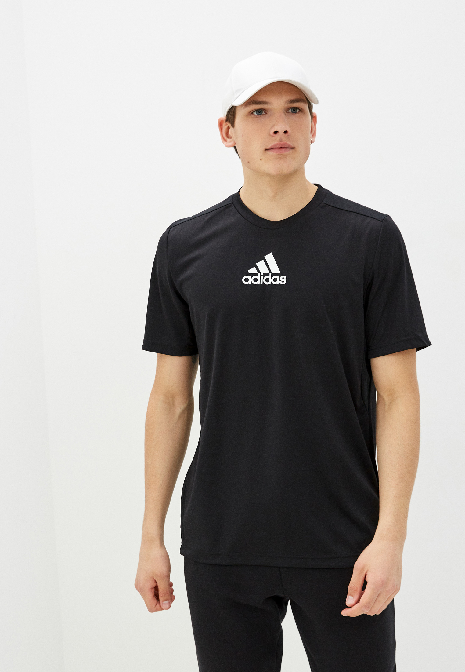 Спортивная футболка Adidas (Адидас) GM2126