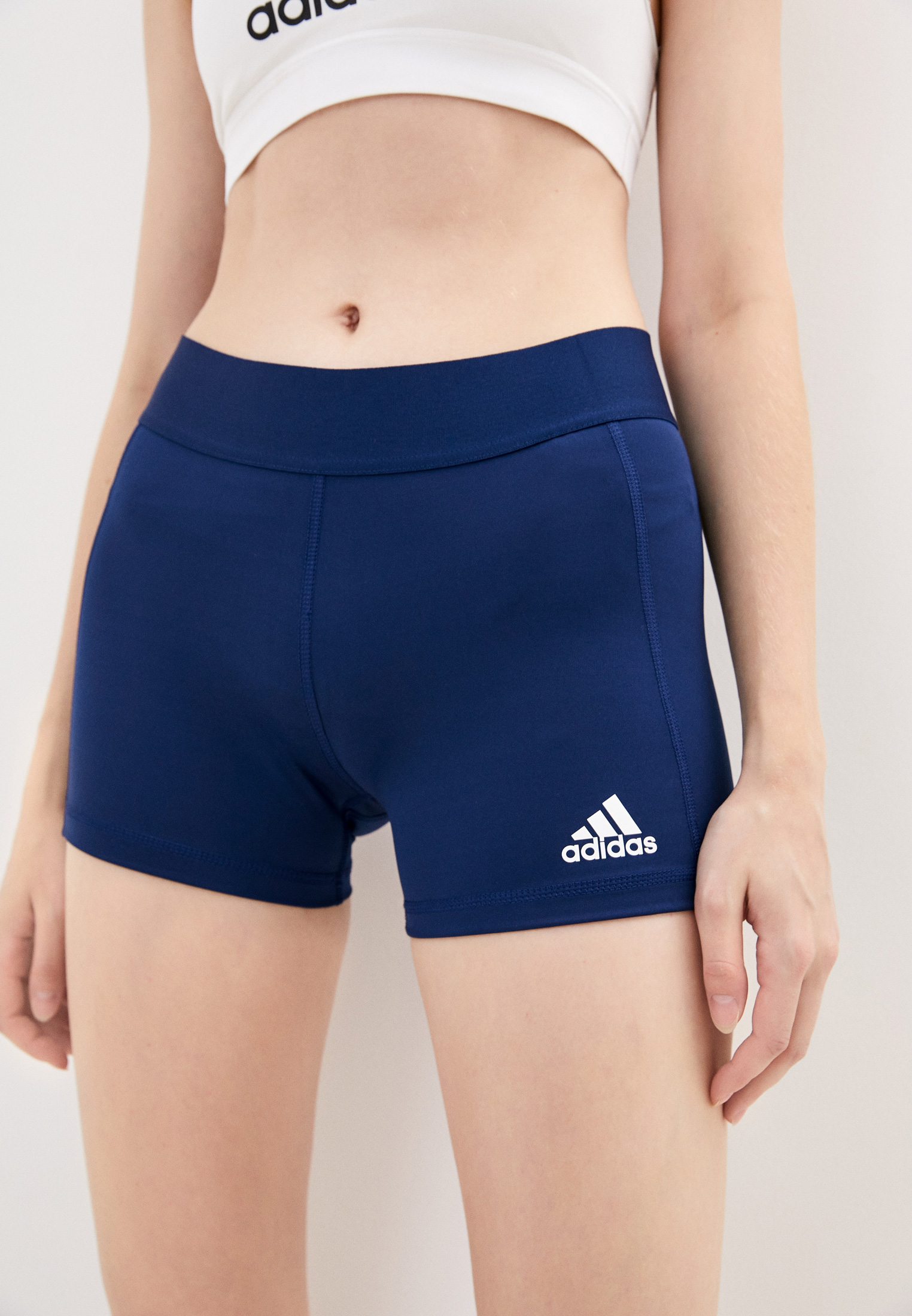 Женские шорты Adidas (Адидас) FK0990
