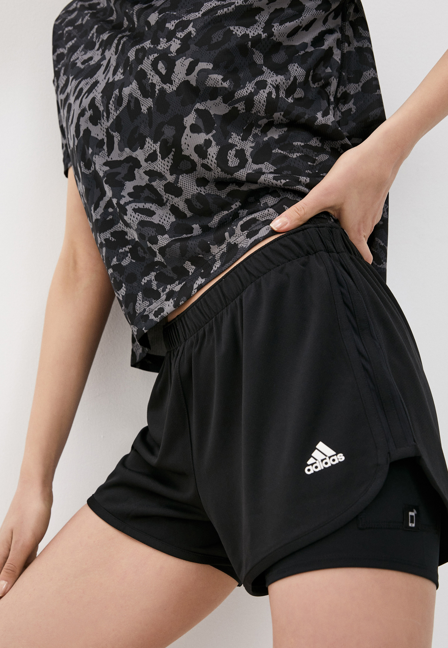 Женские шорты Adidas (Адидас) Шорты спортивные adidas