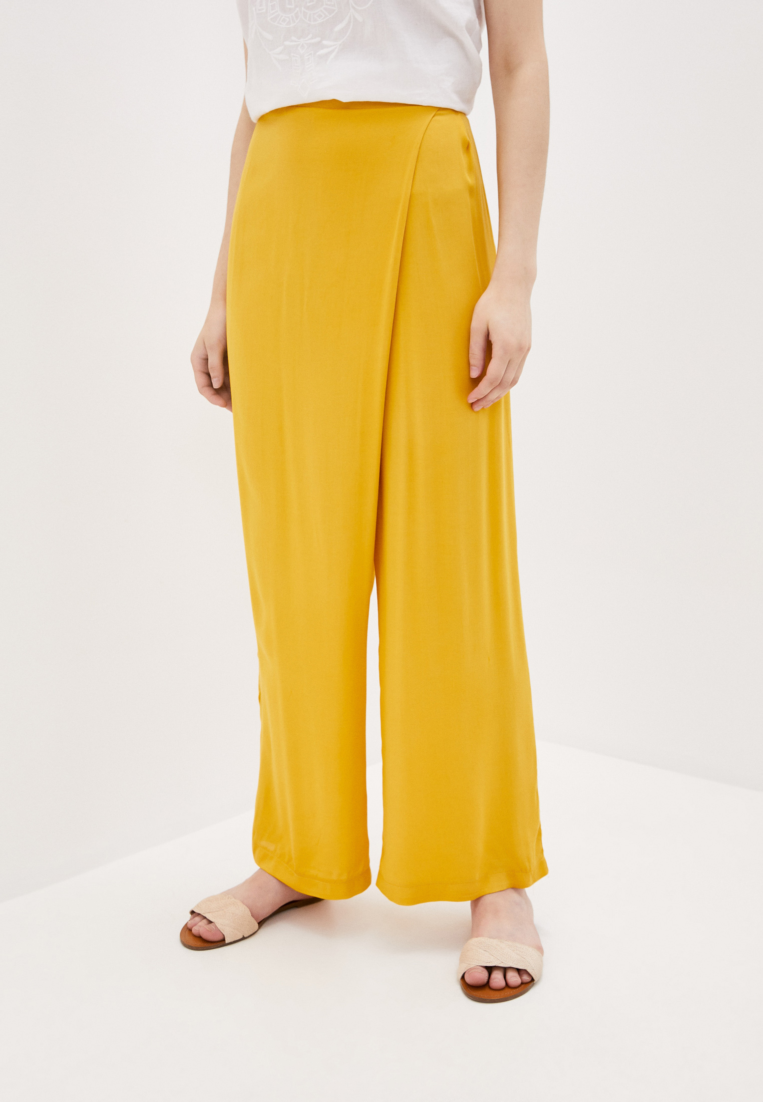 Женские широкие и расклешенные брюки Adzhedo 3865