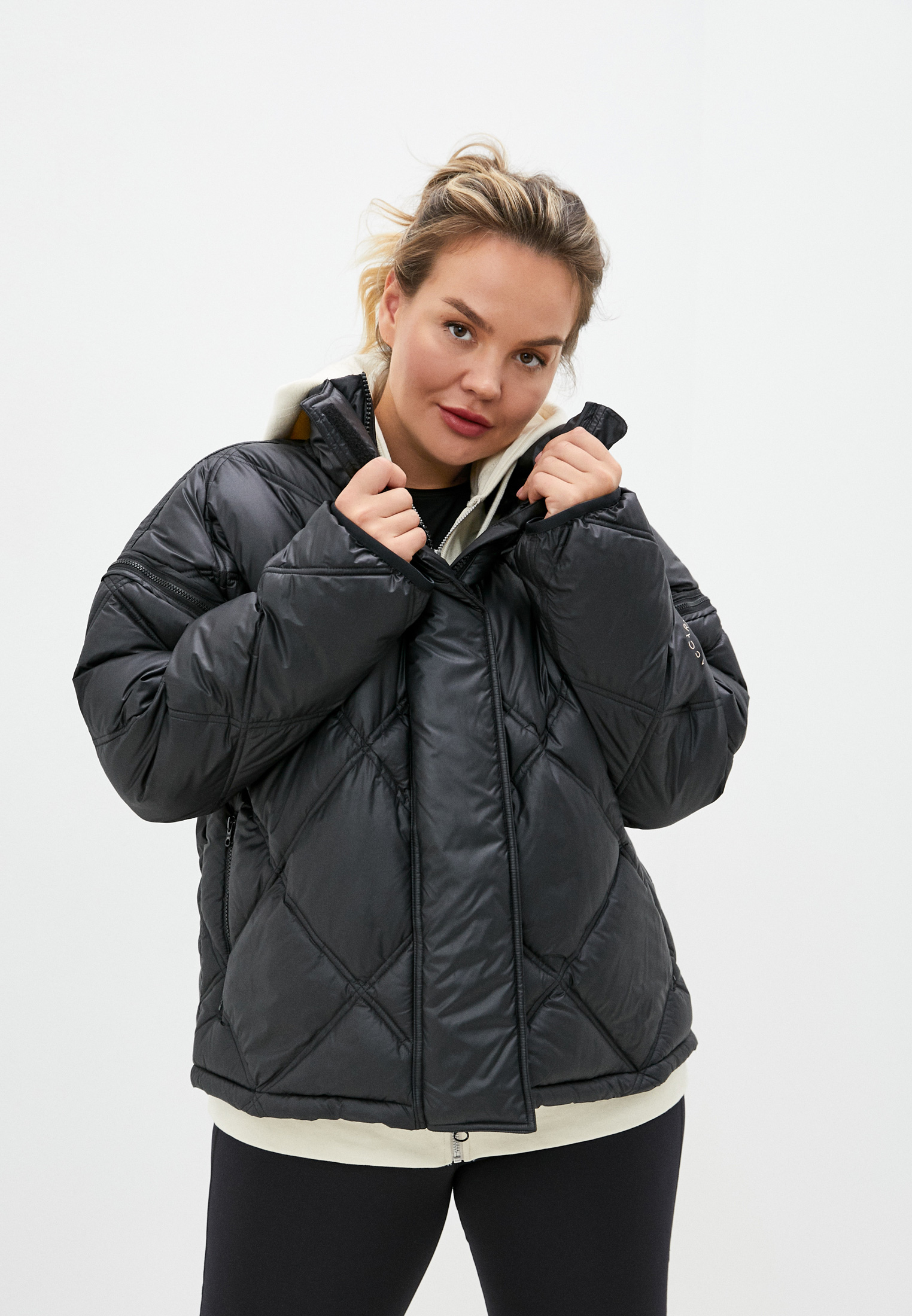 Женская верхняя одежда adidas by Stella McCartney FU1157