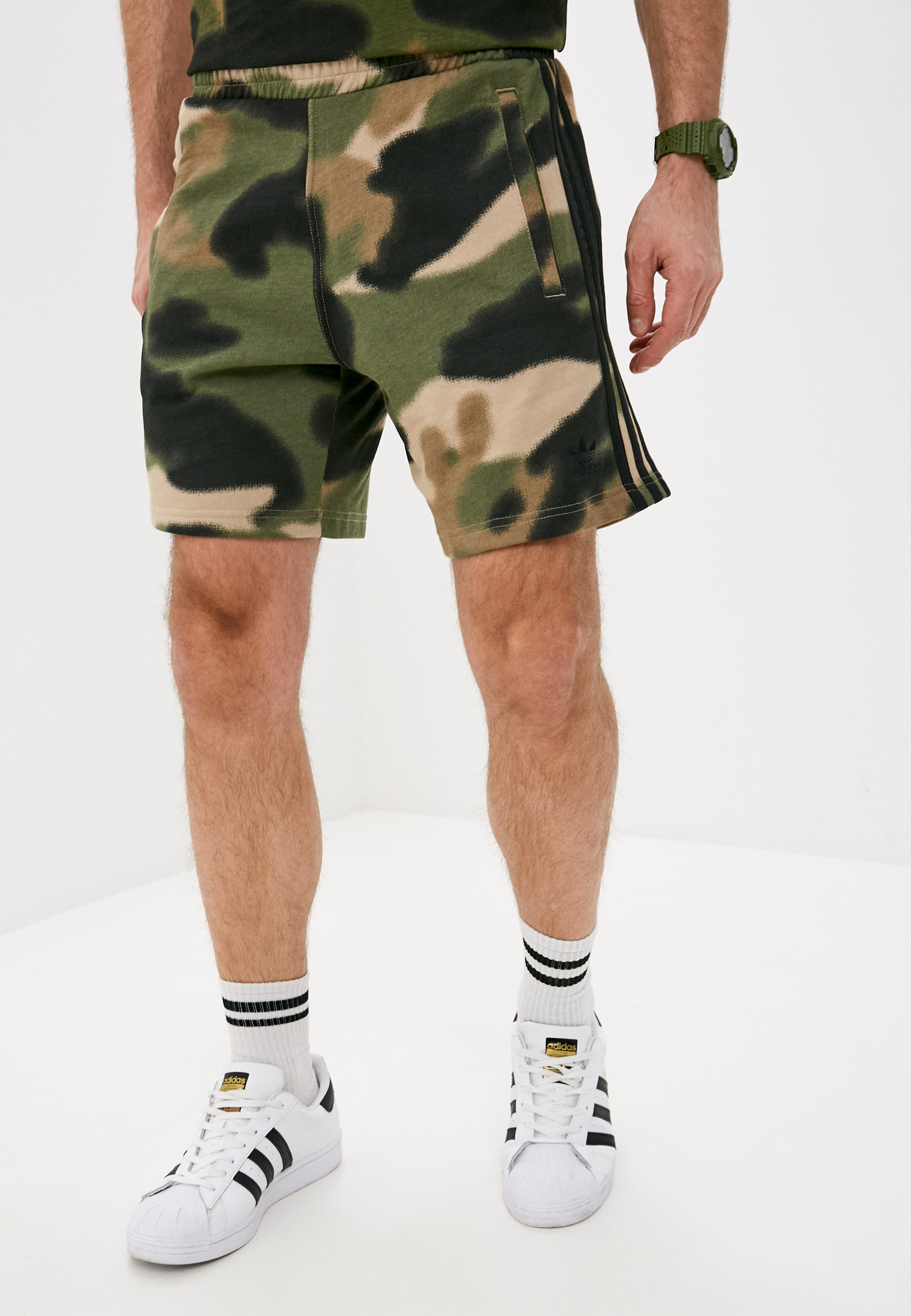 Мужские спортивные шорты Adidas Originals (Адидас Ориджиналс) GN1887