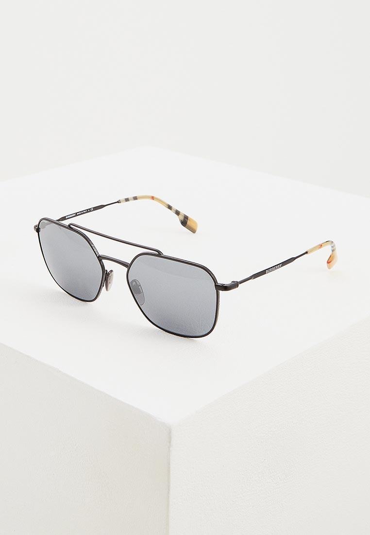 Мужские солнцезащитные очки Burberry 0BE3107
