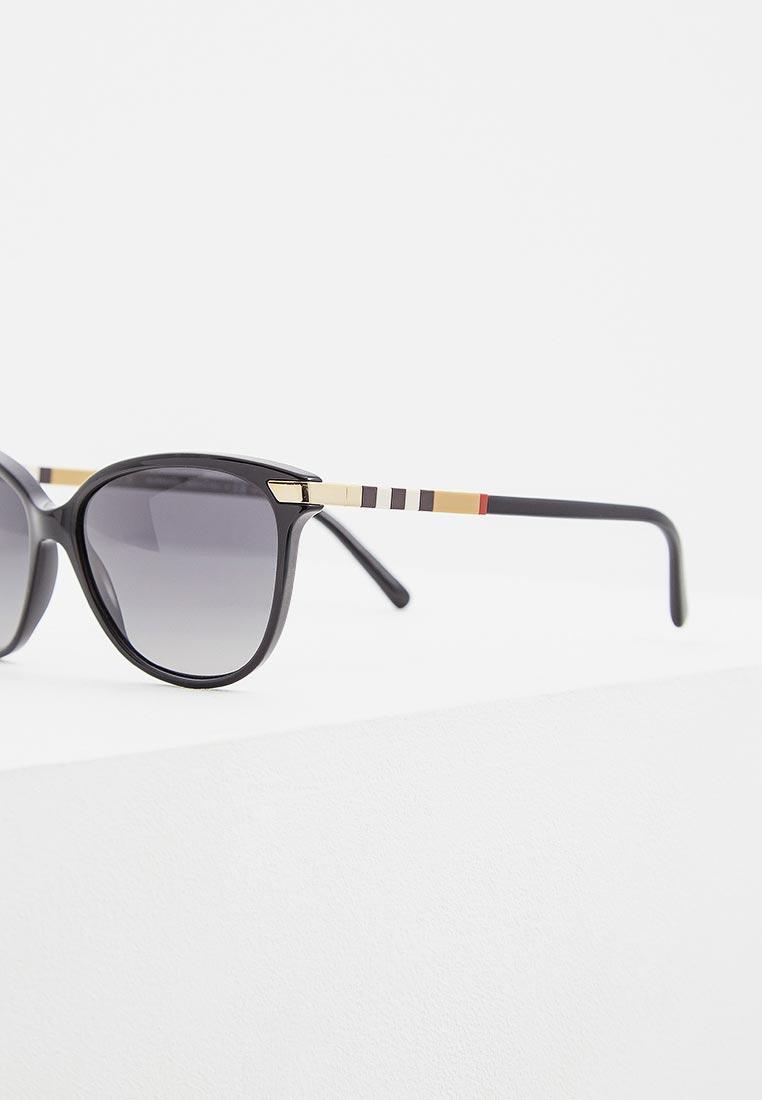 Женские солнцезащитные очки Burberry 0BE4216: изображение 5