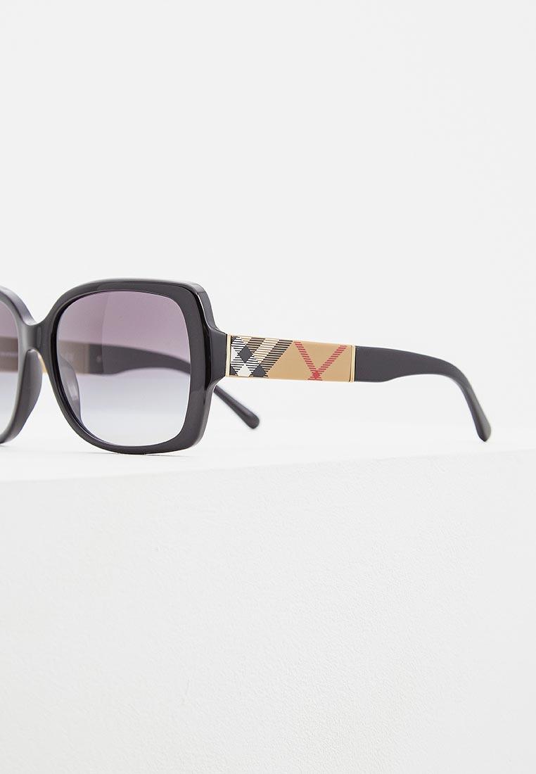 Женские солнцезащитные очки Burberry 0BE4160: изображение 5