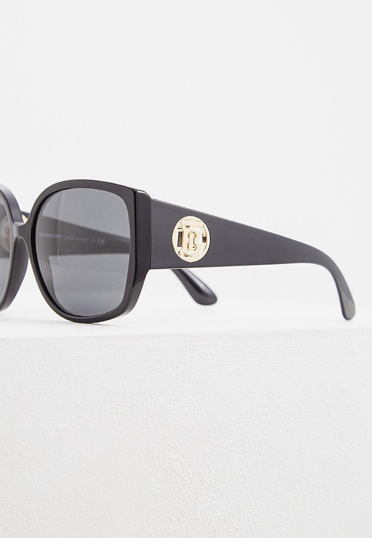 Женские солнцезащитные очки Burberry 0BE4290: изображение 4