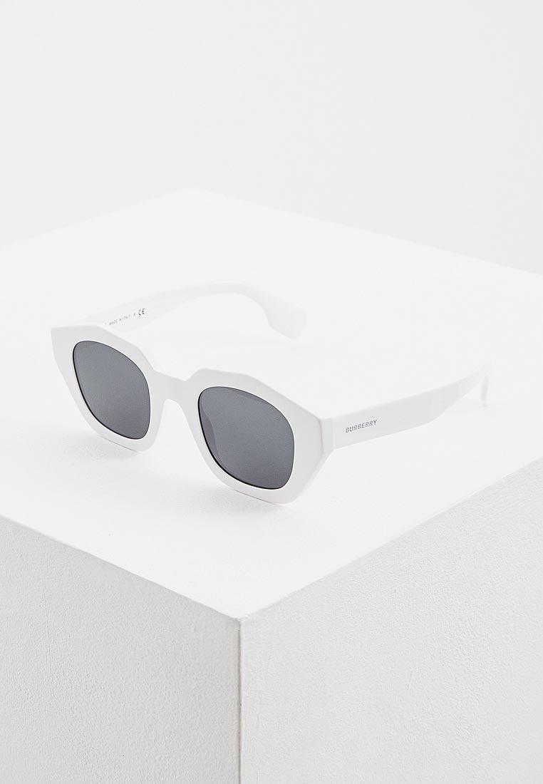 Женские солнцезащитные очки Burberry 0BE4288