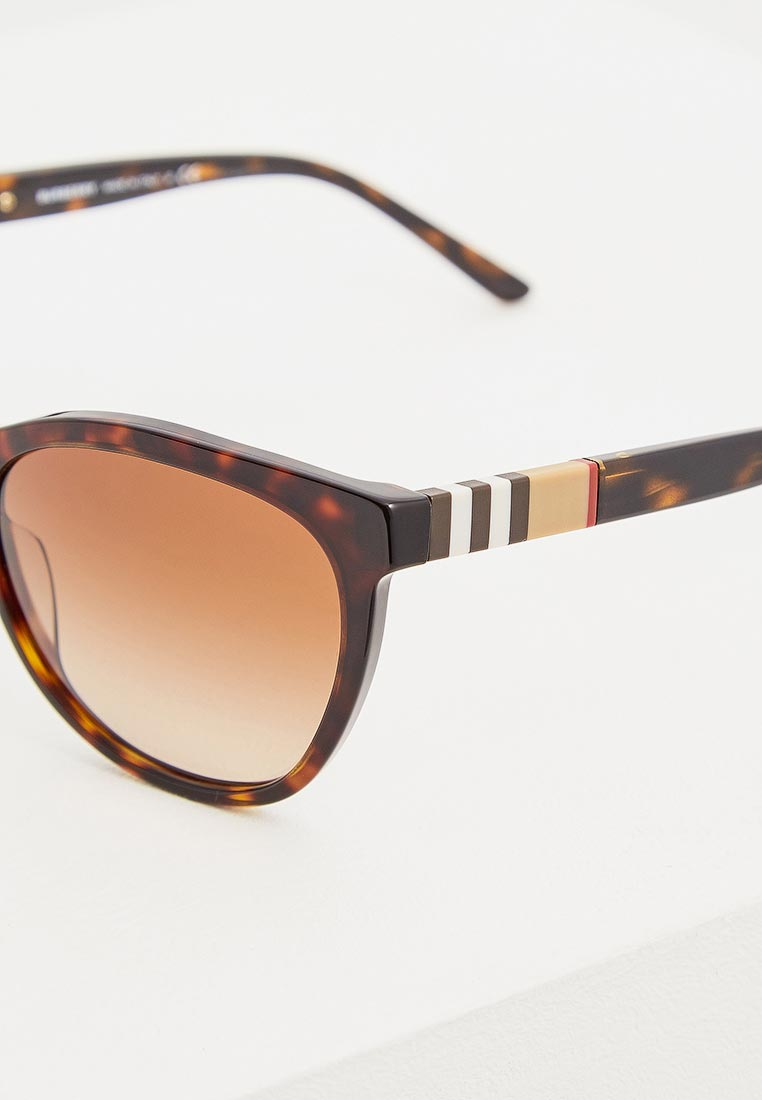 Женские солнцезащитные очки Burberry 0BE4199: изображение 4
