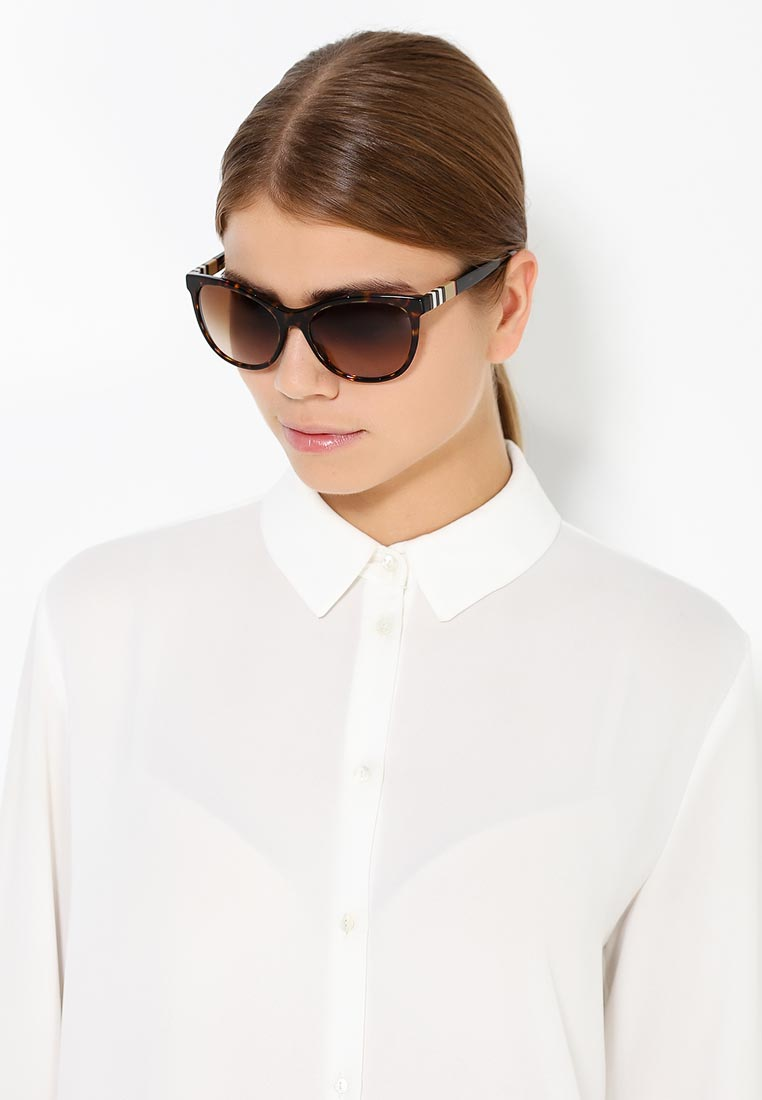 Женские солнцезащитные очки Burberry 0BE4199: изображение 7