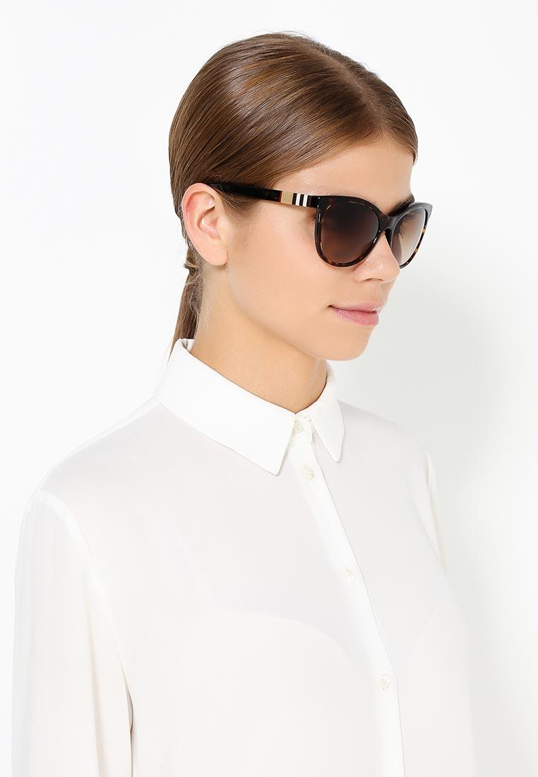 Женские солнцезащитные очки Burberry 0BE4199: изображение 8
