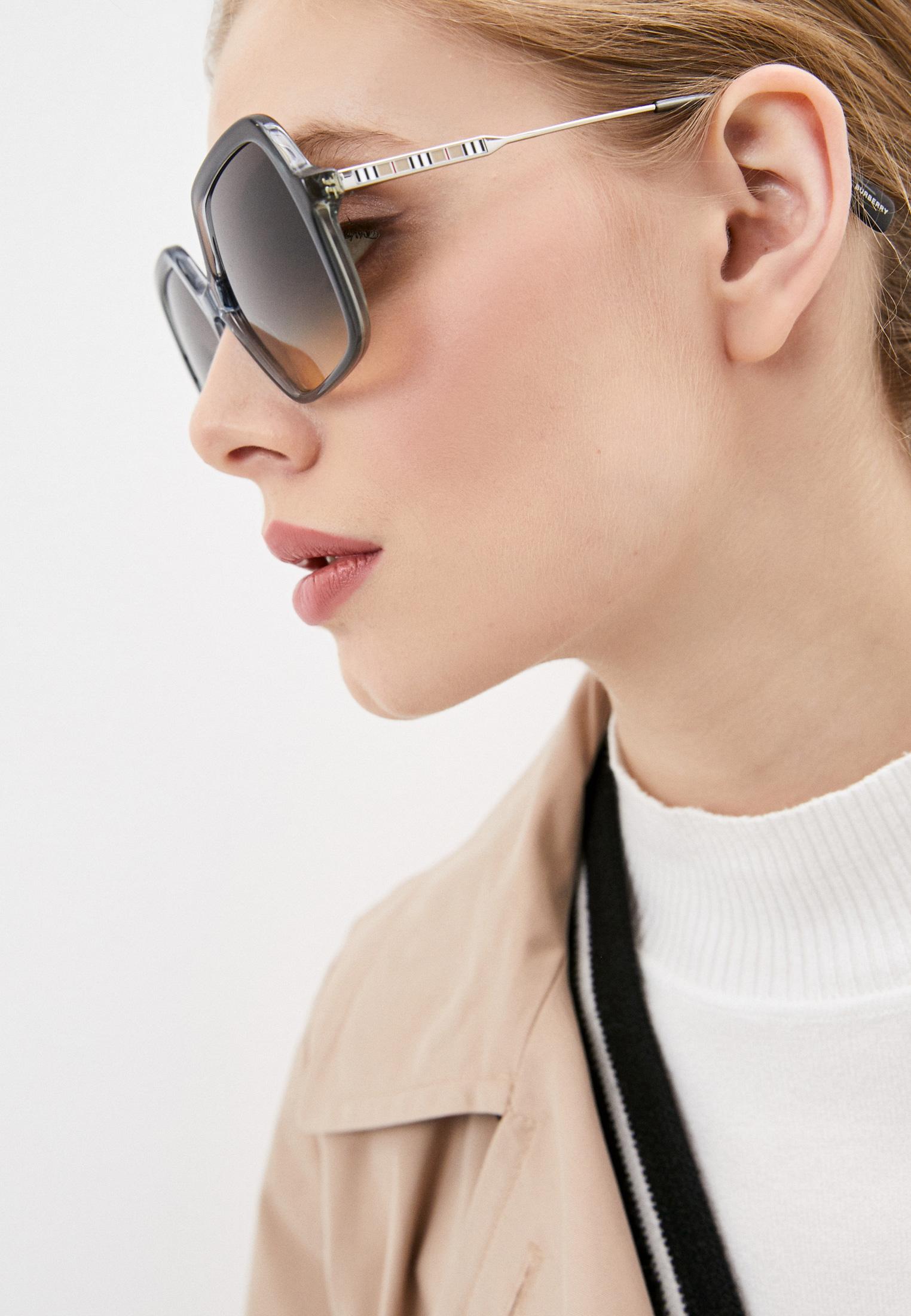Женские солнцезащитные очки Burberry 0BE4324