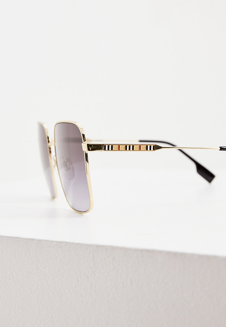 Женские солнцезащитные очки Burberry 0BE3119: изображение 10