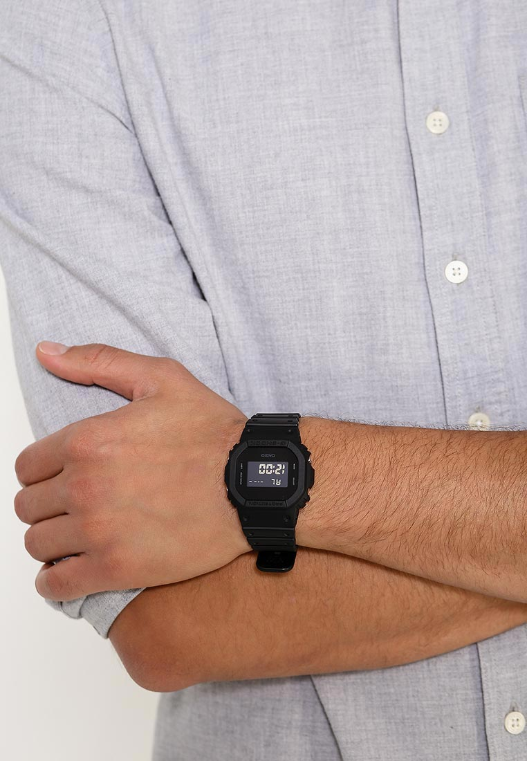Мужские часы Casio DW-5600BB-1E: изображение 11