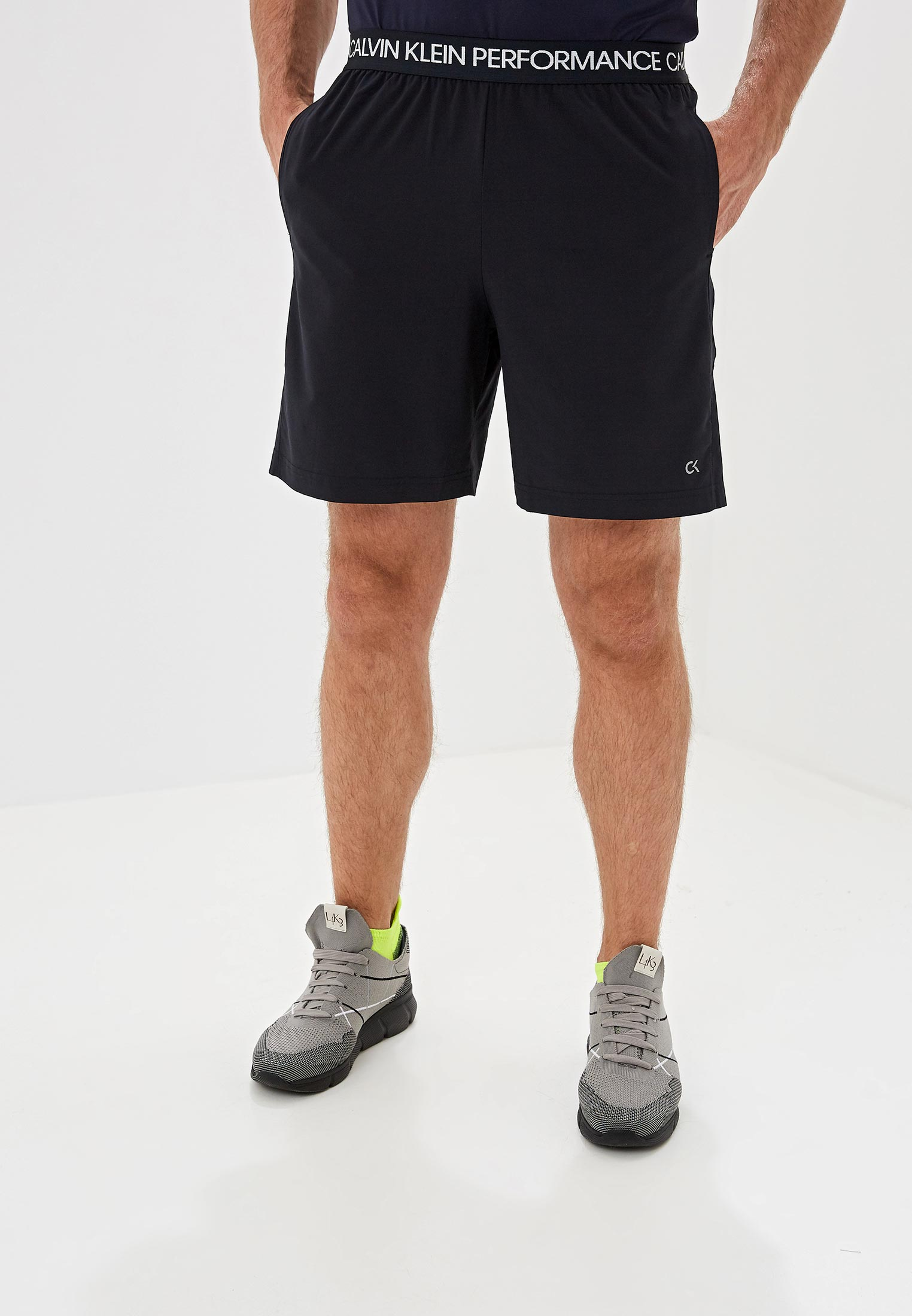 Мужские спортивные шорты Calvin Klein Performance 00GMS8S821