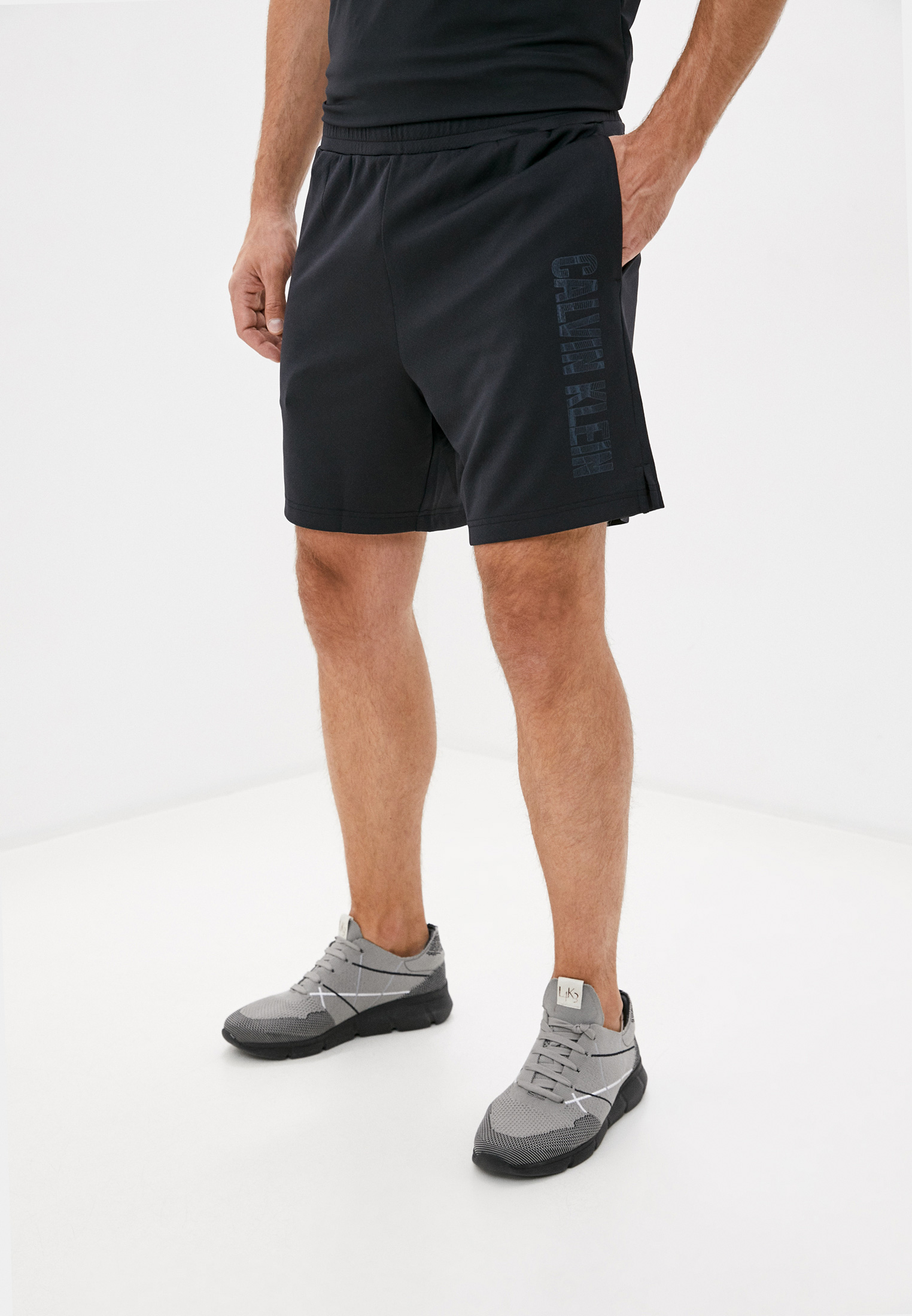 Мужские спортивные шорты Calvin Klein Performance 00GMF0S820