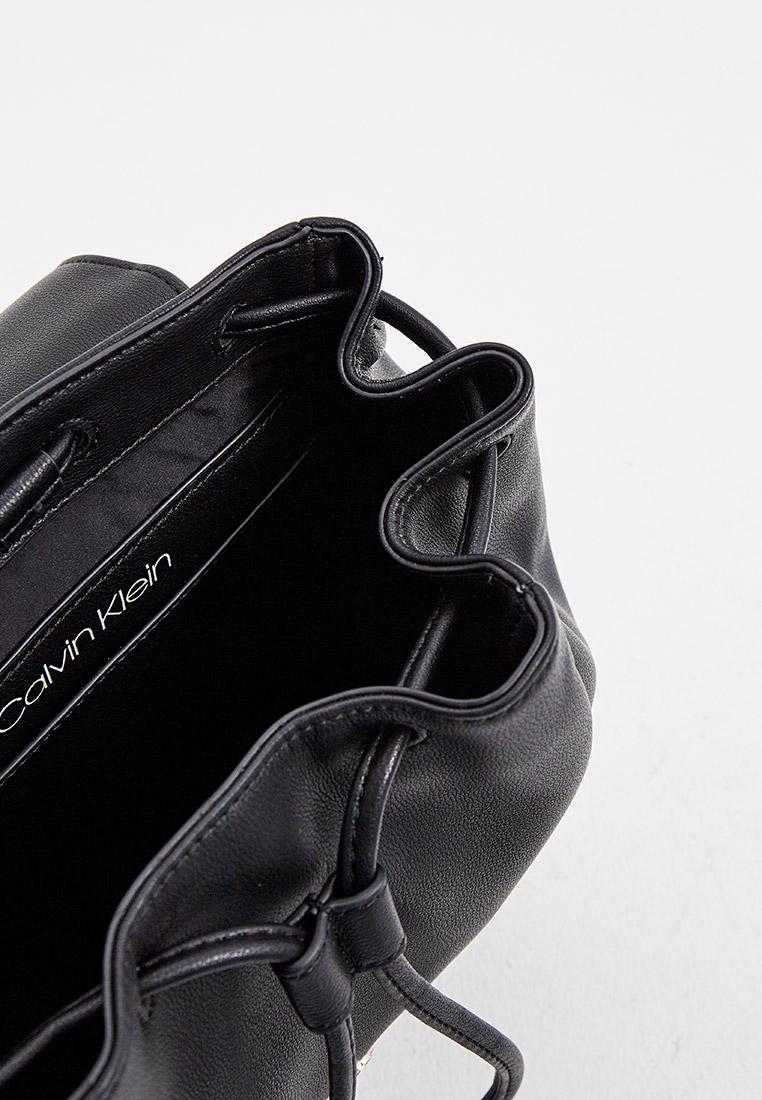 Рюкзак Calvin Klein (Кельвин Кляйн) K60K607428: изображение 5