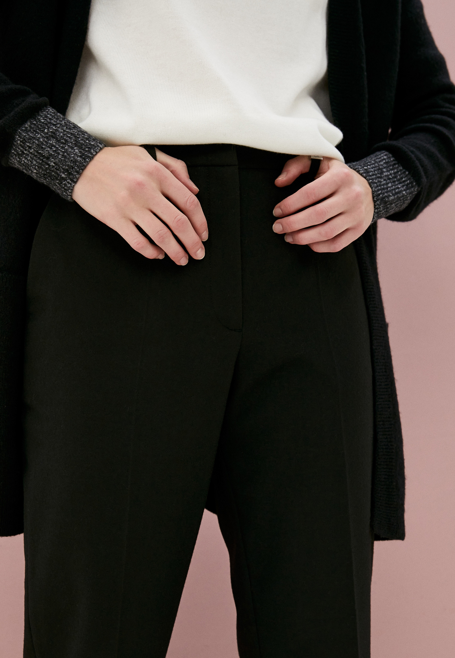 Женские классические брюки Calvin Klein (Кельвин Кляйн) K20K202306: изображение 2