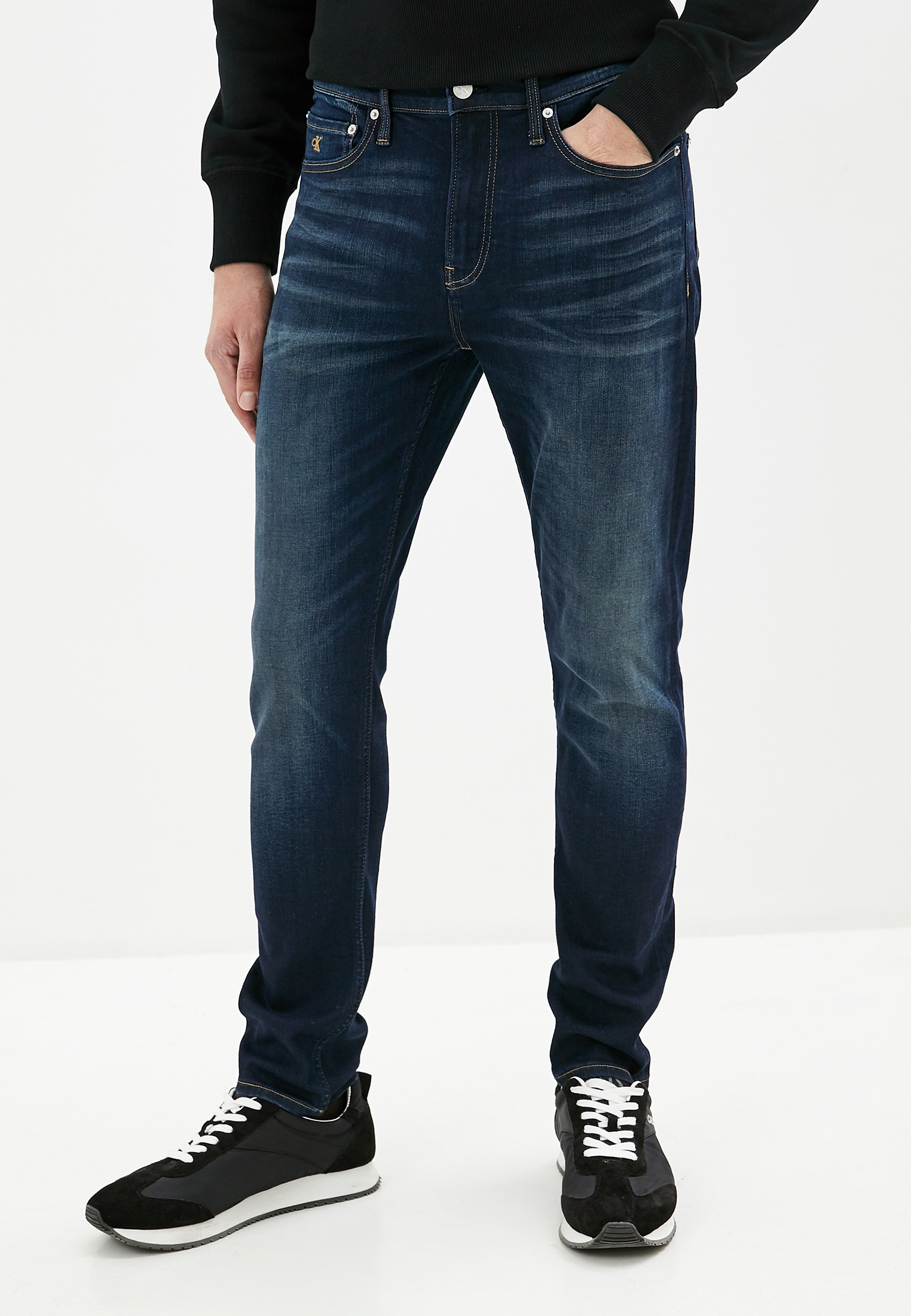Зауженные джинсы Calvin Klein Jeans J30J313955