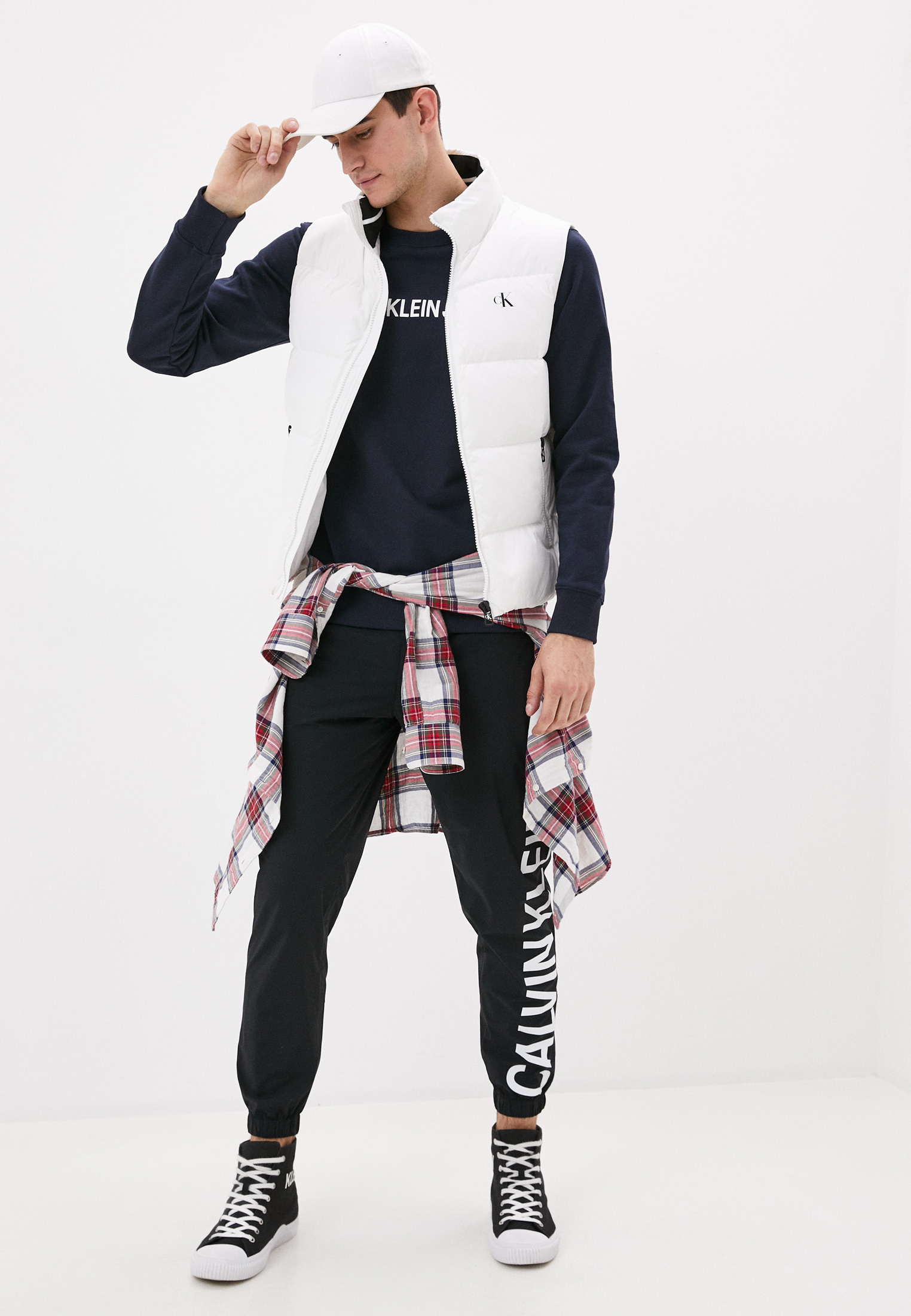 Свитер Calvin Klein Jeans J30J307757: изображение 2