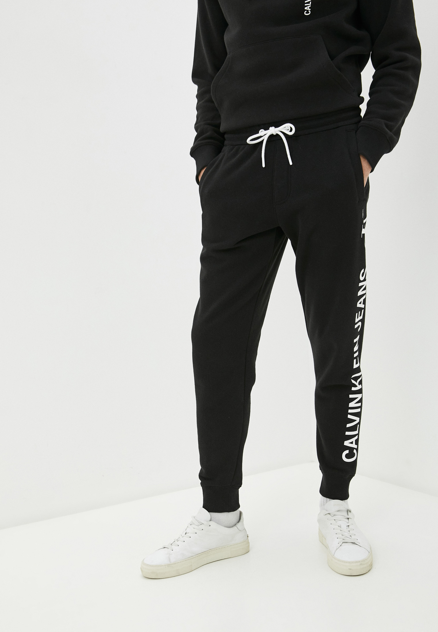 Мужские спортивные брюки Calvin Klein Jeans J30J318306