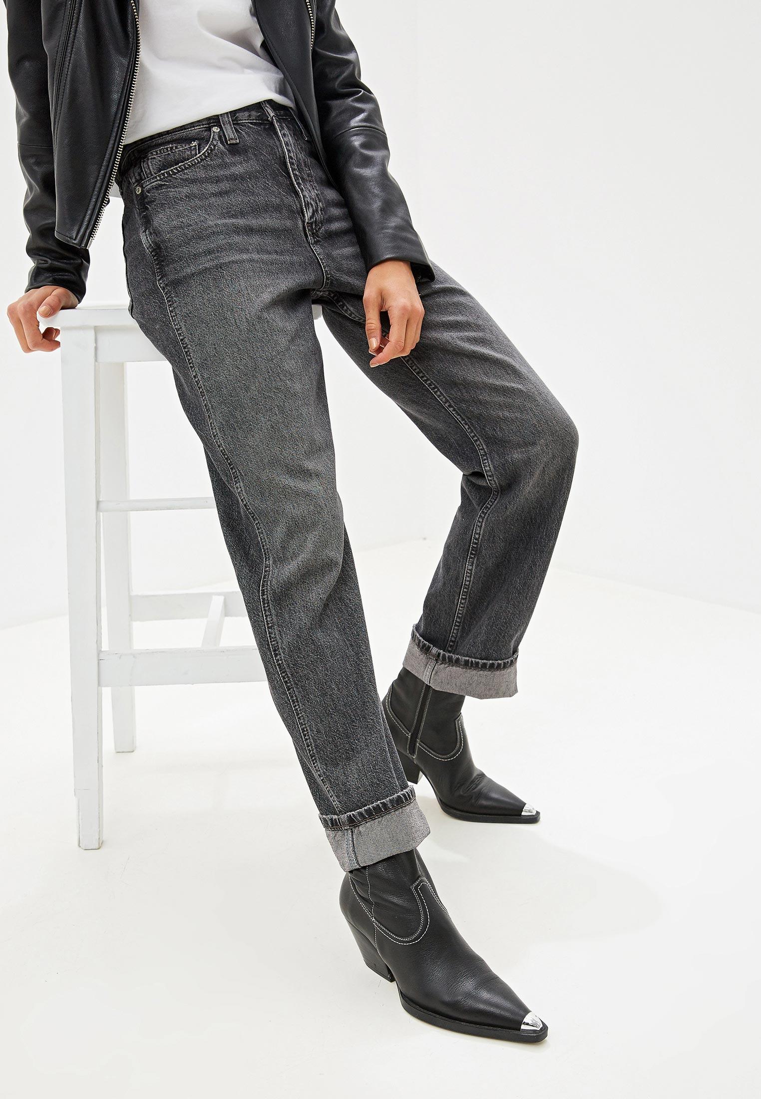 Прямые джинсы Calvin Klein Jeans J20J211386