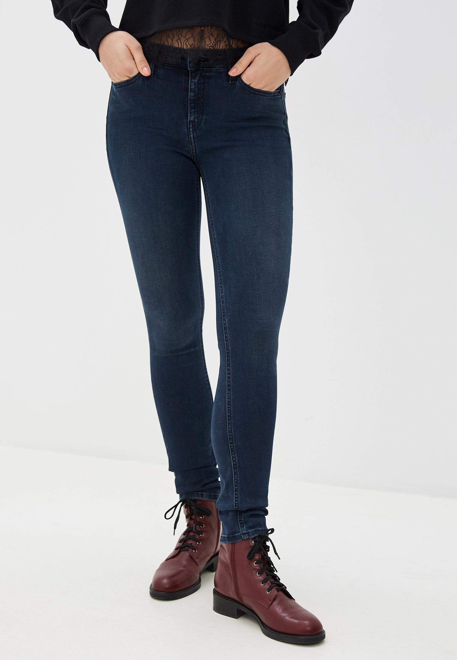 Зауженные джинсы Calvin Klein Jeans J20J213138