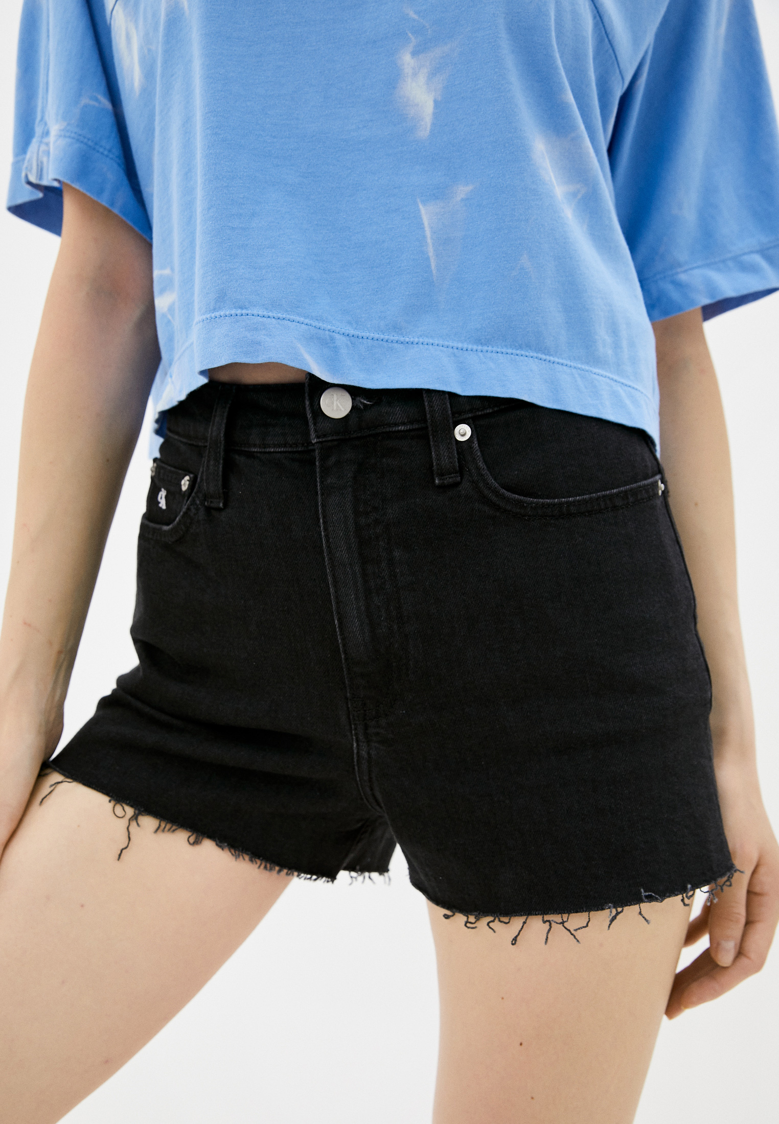 Женские джинсовые шорты Calvin Klein Jeans J20J214447