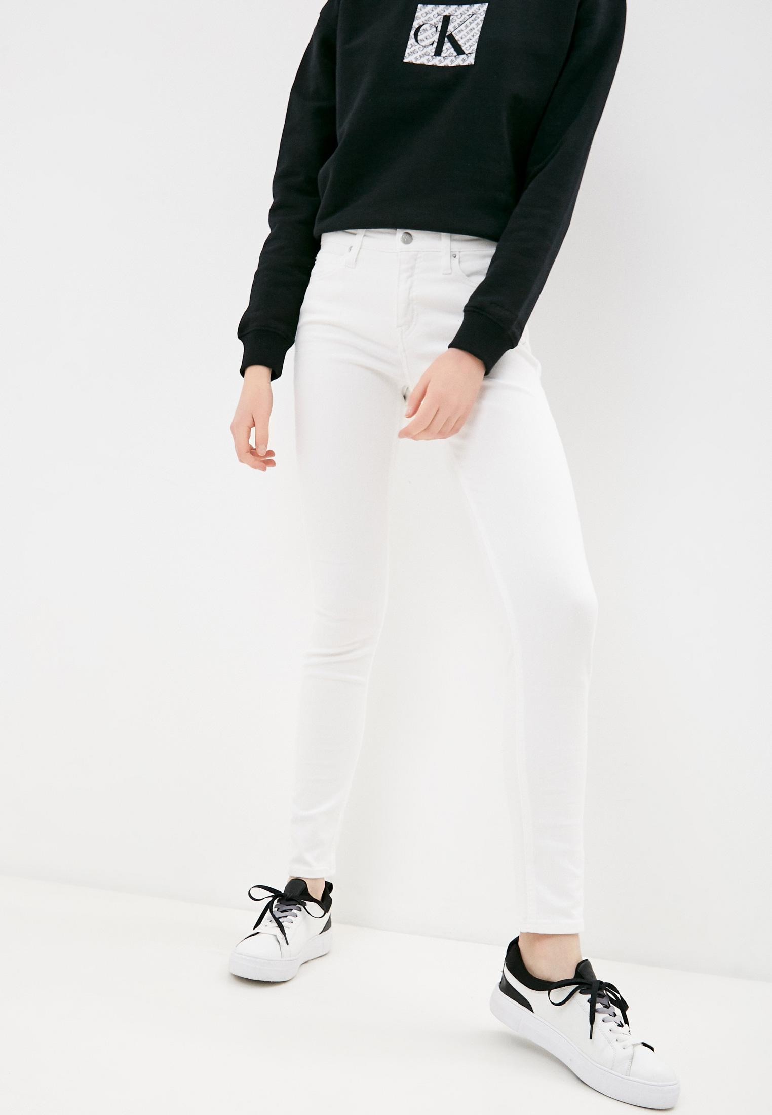 Зауженные джинсы Calvin Klein Jeans J20J215858