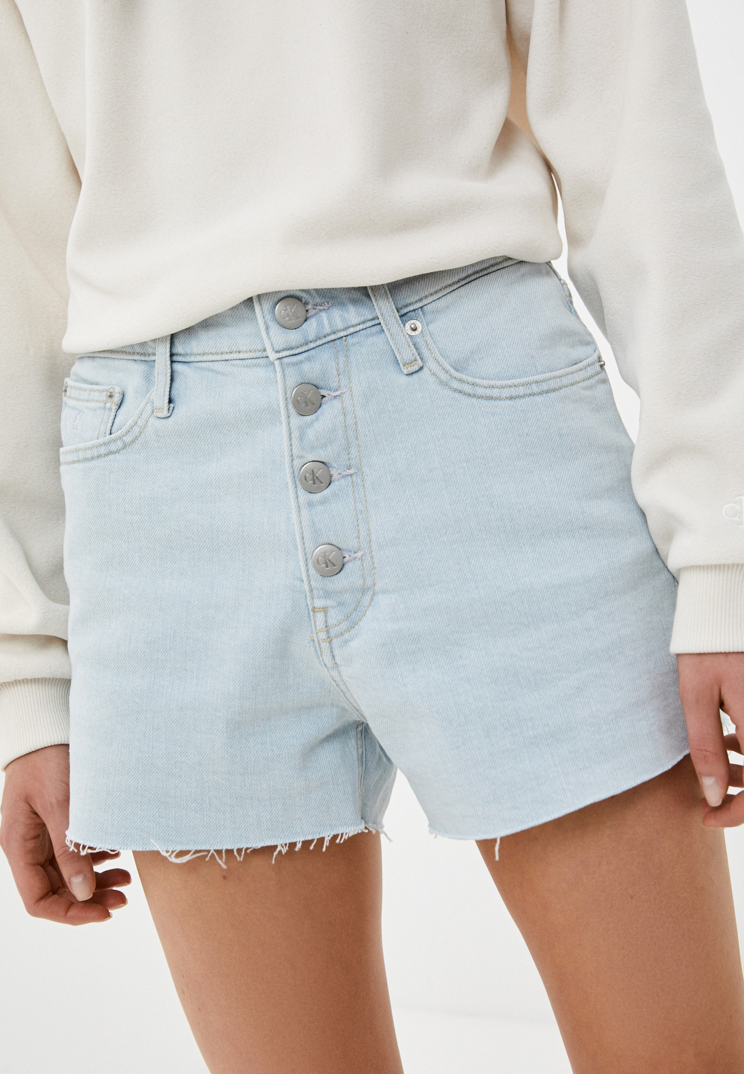 Женские джинсовые шорты Calvin Klein Jeans J20J215898
