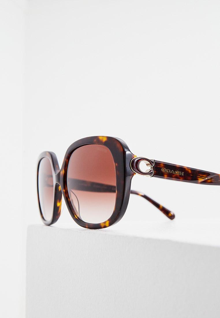 Женские солнцезащитные очки Coach 0HC8292: изображение 4
