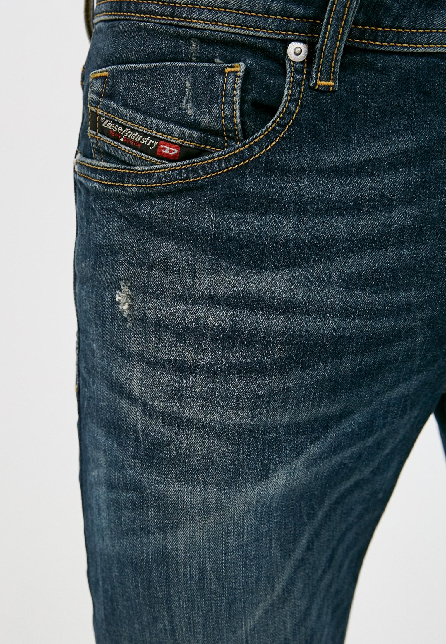 Мужские зауженные джинсы Diesel (Дизель) 00SWJF069GC: изображение 4