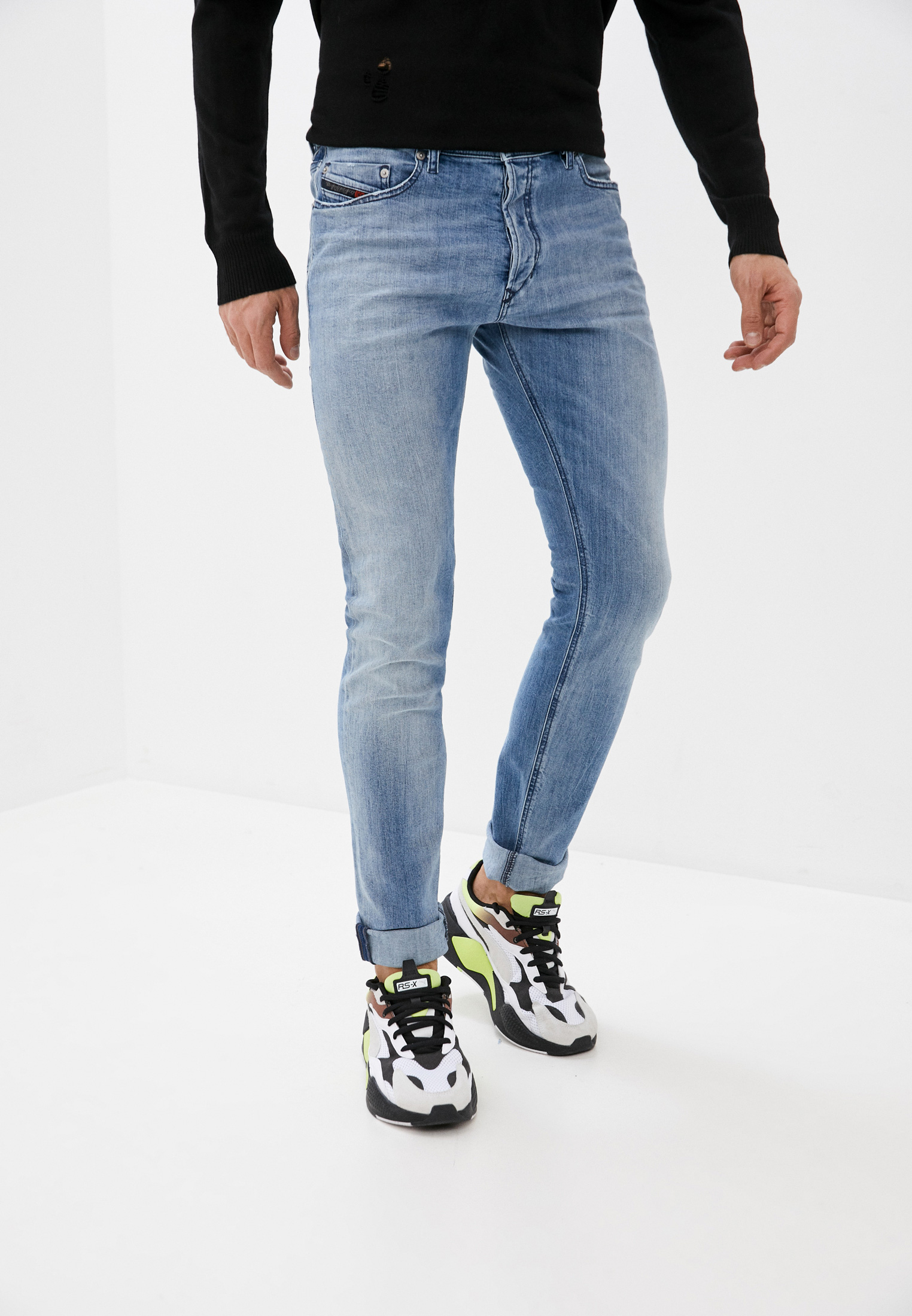 Мужские зауженные джинсы Diesel (Дизель) 00CKRJ081AL