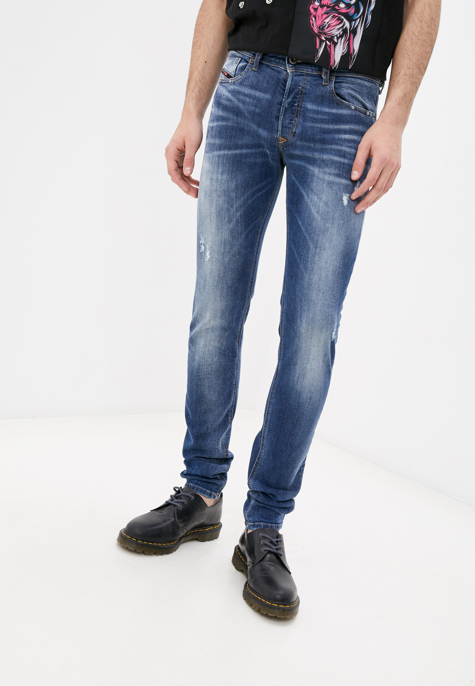 Мужские зауженные джинсы Diesel (Дизель) 00SWJG069HQ