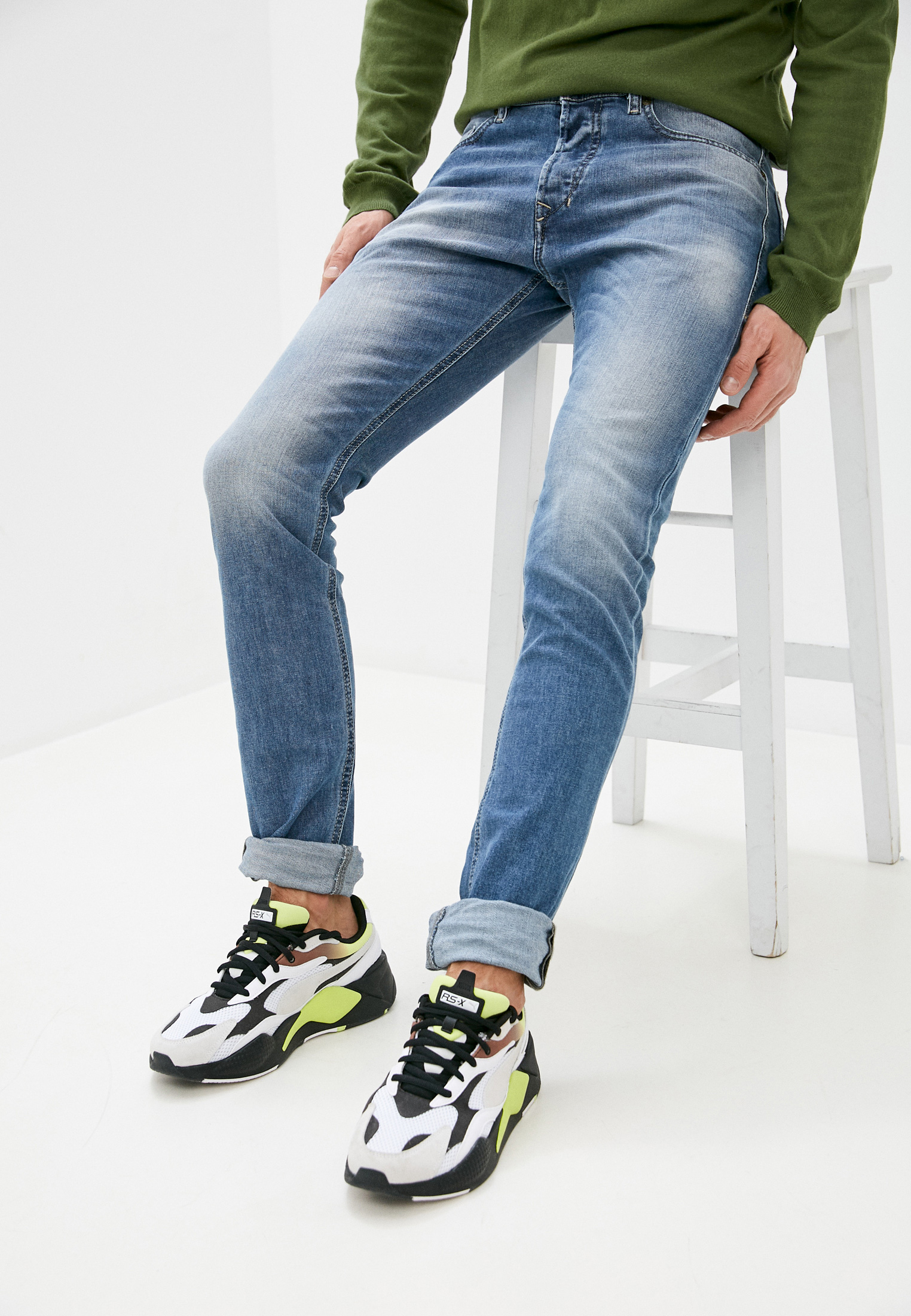 Мужские зауженные джинсы Diesel (Дизель) 00CKRJ0842H