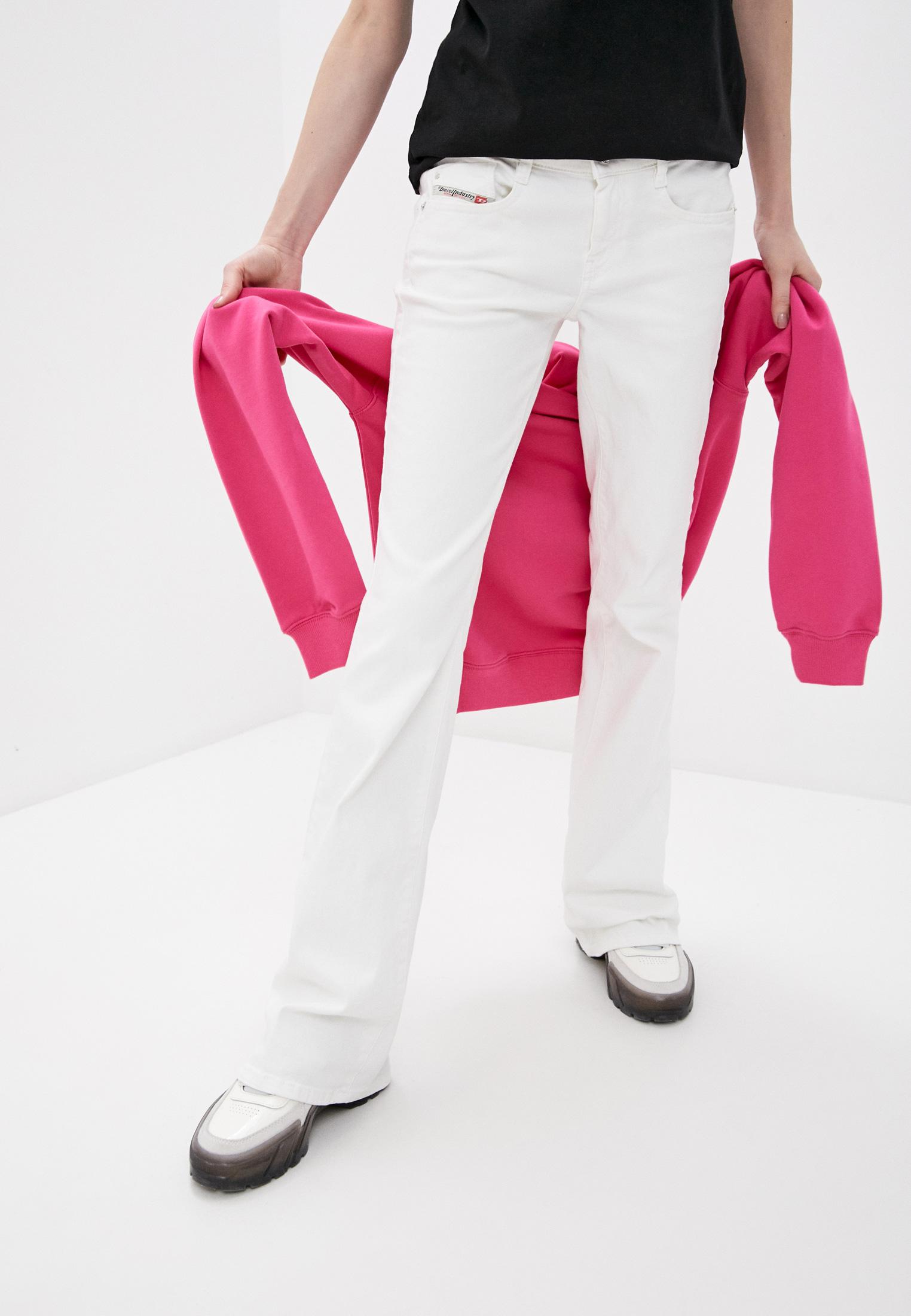Широкие и расклешенные джинсы Diesel (Дизель) 00SMMV069PA