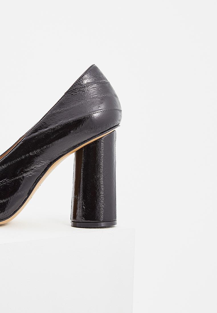 Лаковые туфли на каблуке emporio armani x3e xf туфли emporio armani происхождение бренда: италия производство: италия материал 25 12 р.