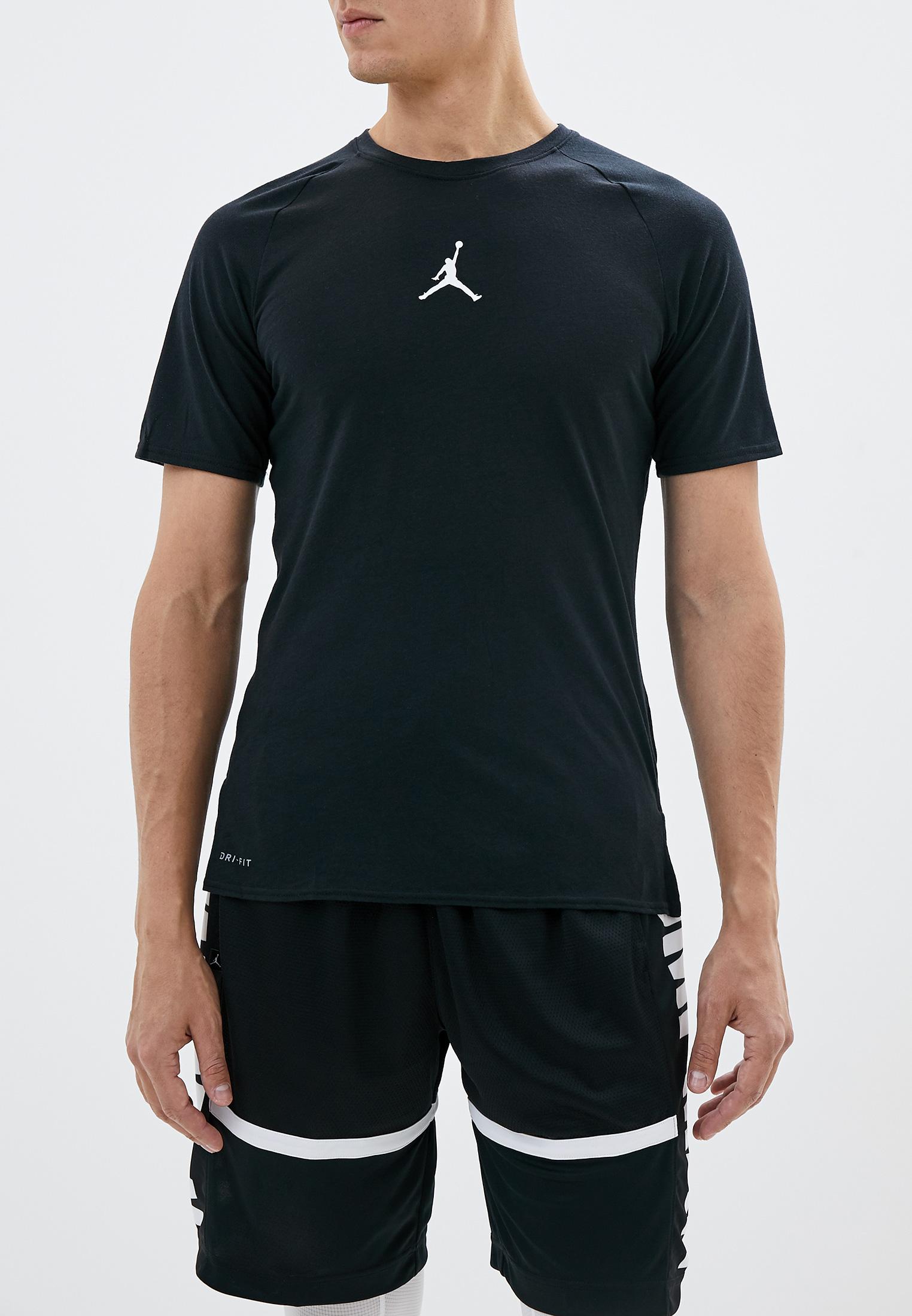 Спортивная футболка Jordan 889713