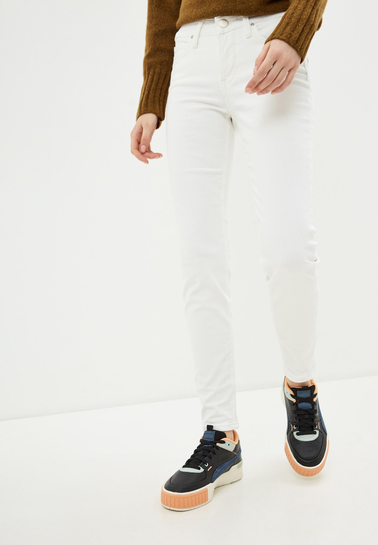 Зауженные джинсы Lee (Ли) L526KW36