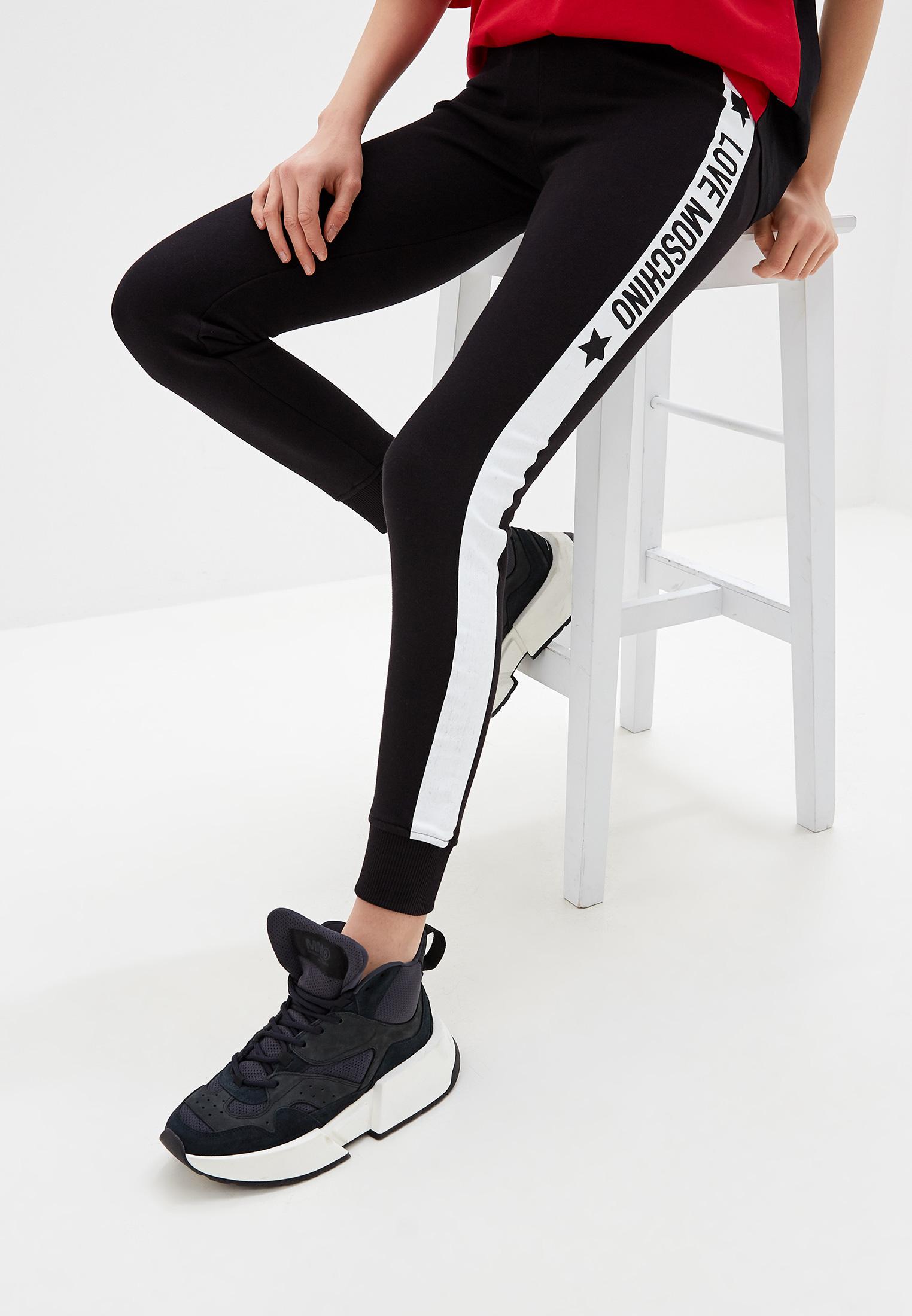Женские спортивные брюки Love Moschino W 1 424 13 M 4068