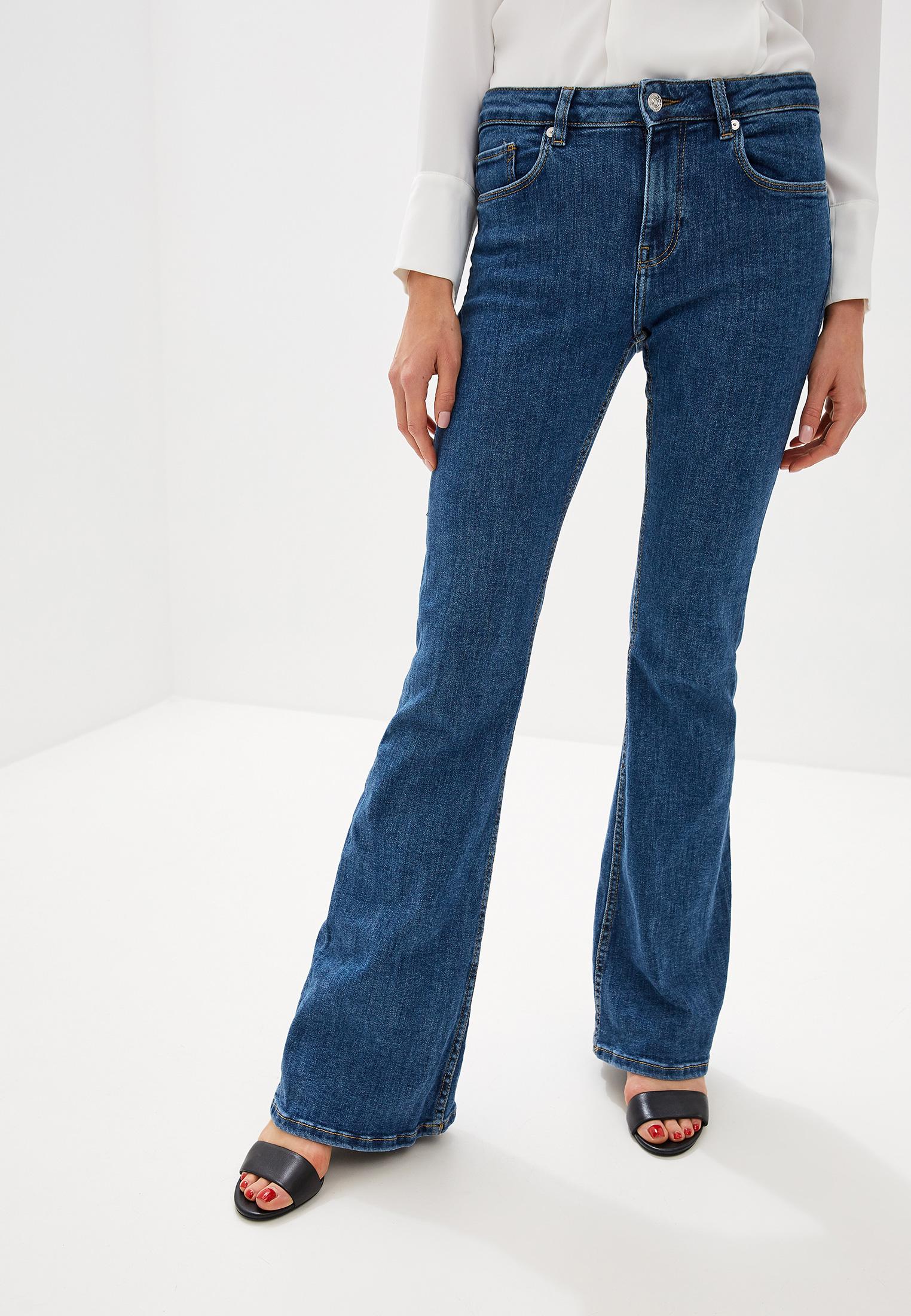Широкие и расклешенные джинсы Mango (Манго) 53013738