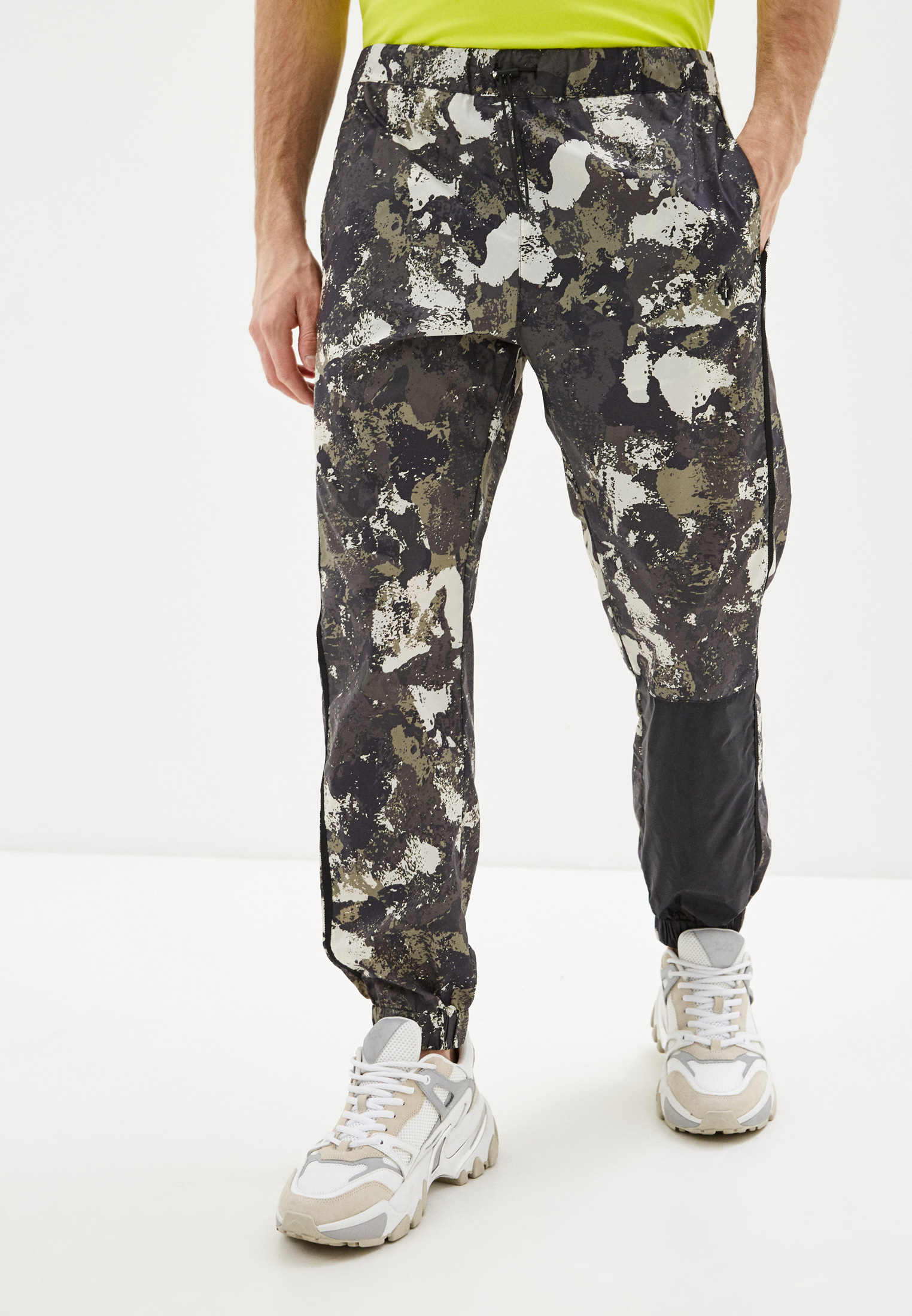 Мужские брюки Marcelo Burlon County of Milan CMCA148R20FAB001