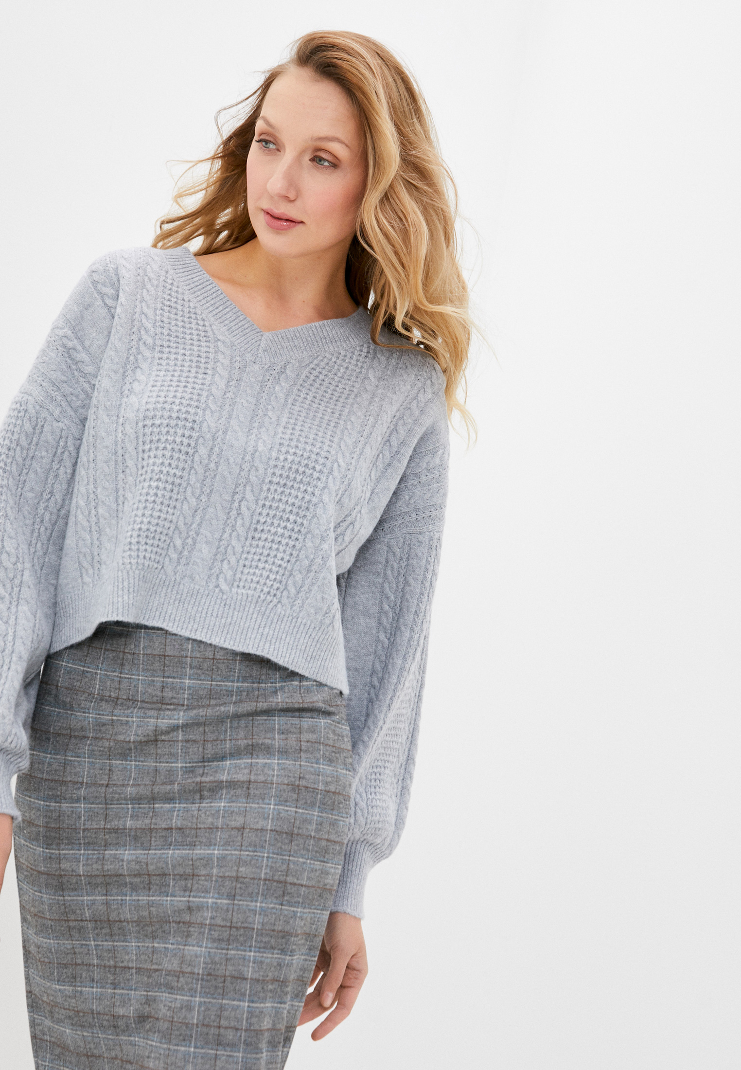 Пуловер Moocci H221