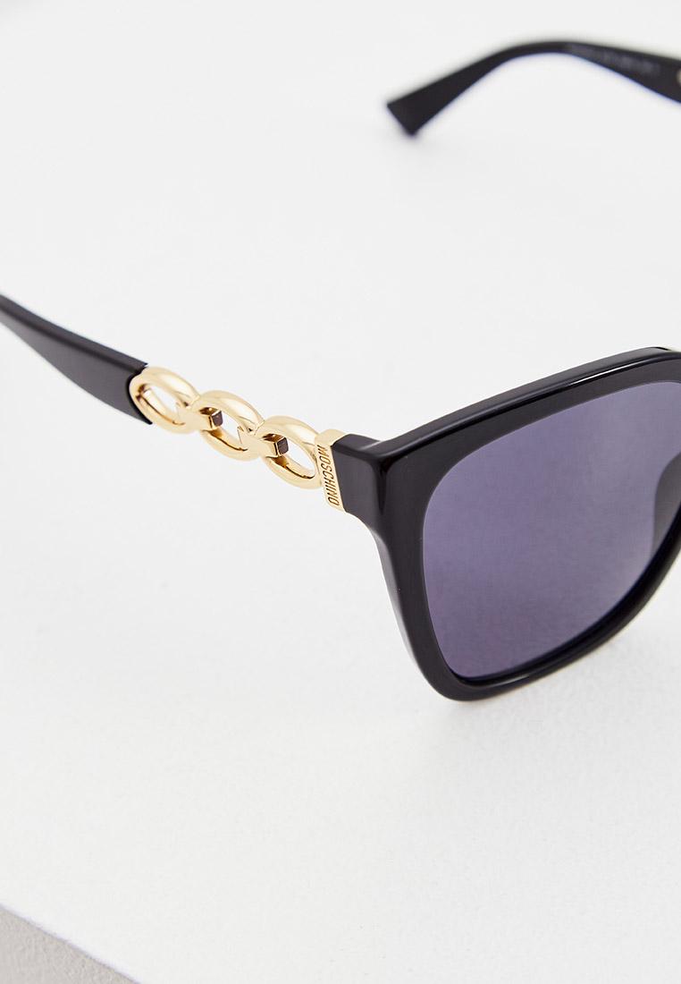 Женские солнцезащитные очки Moschino MOS098/S: изображение 4