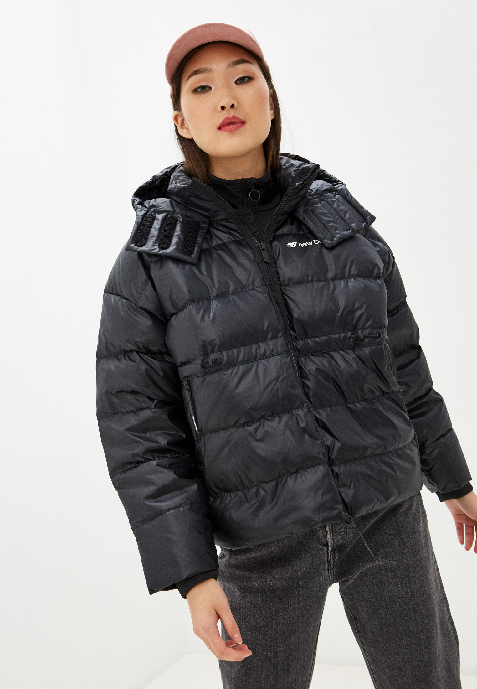 Женская верхняя одежда New Balance (Нью Баланс) WJ03522