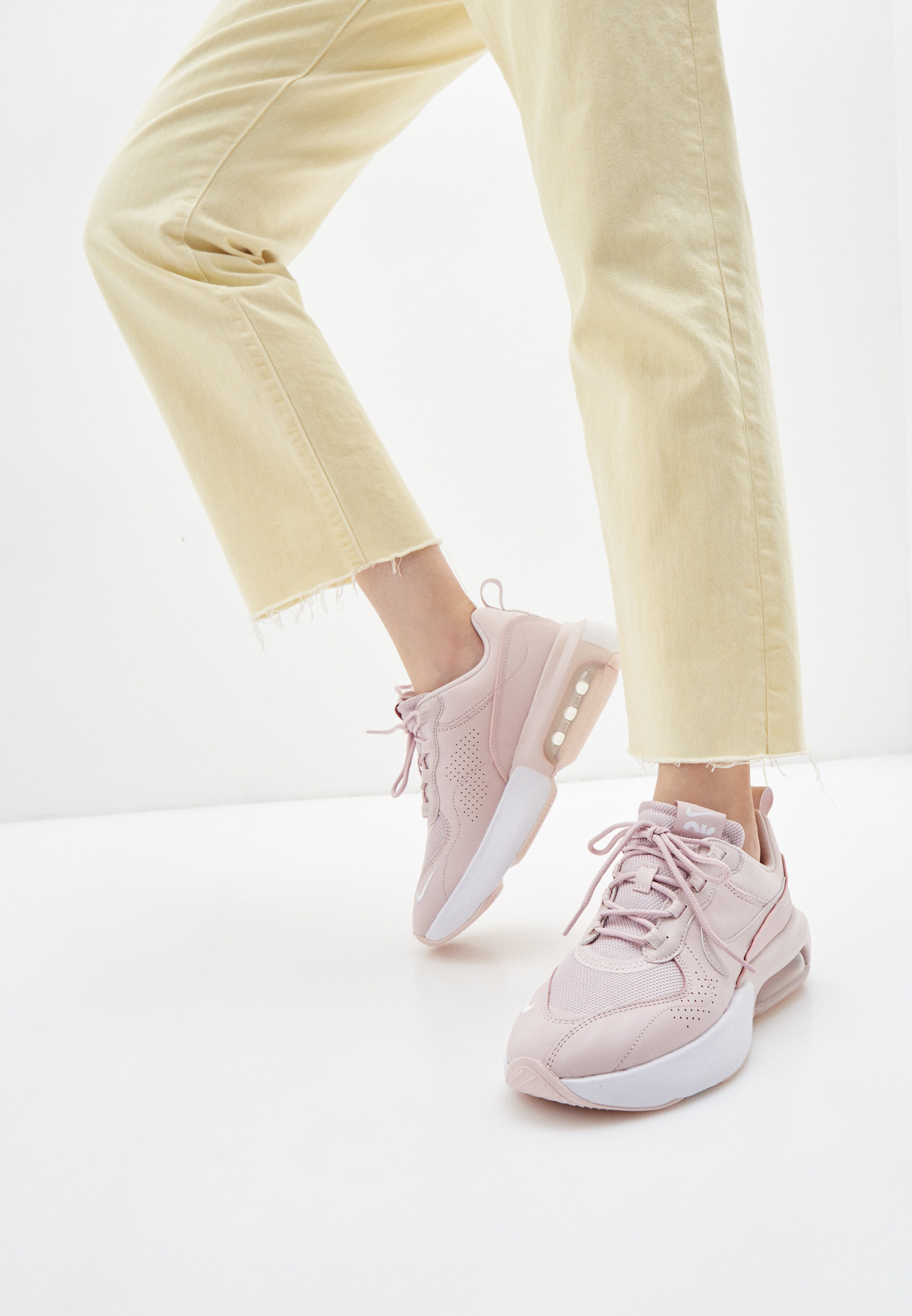 Женские кроссовки Nike (Найк) CU7846: изображение 11