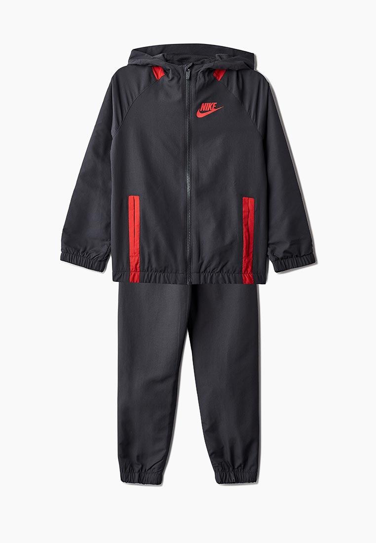 Спортивный костюм Nike (Найк) 939628-060
