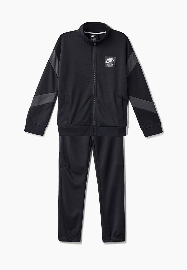 Спортивный костюм Nike (Найк) AR4021-010