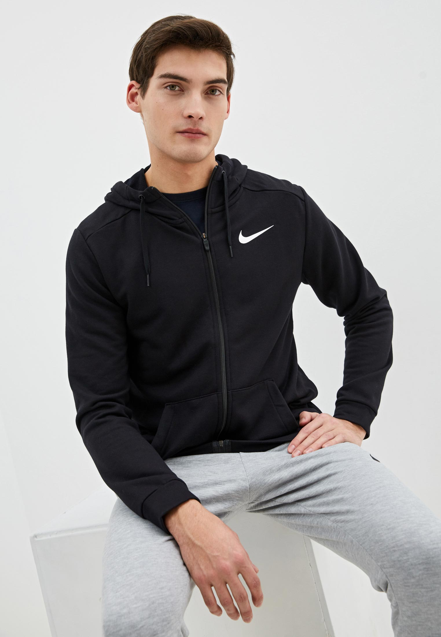 Толстовка Nike (Найк) CJ4317