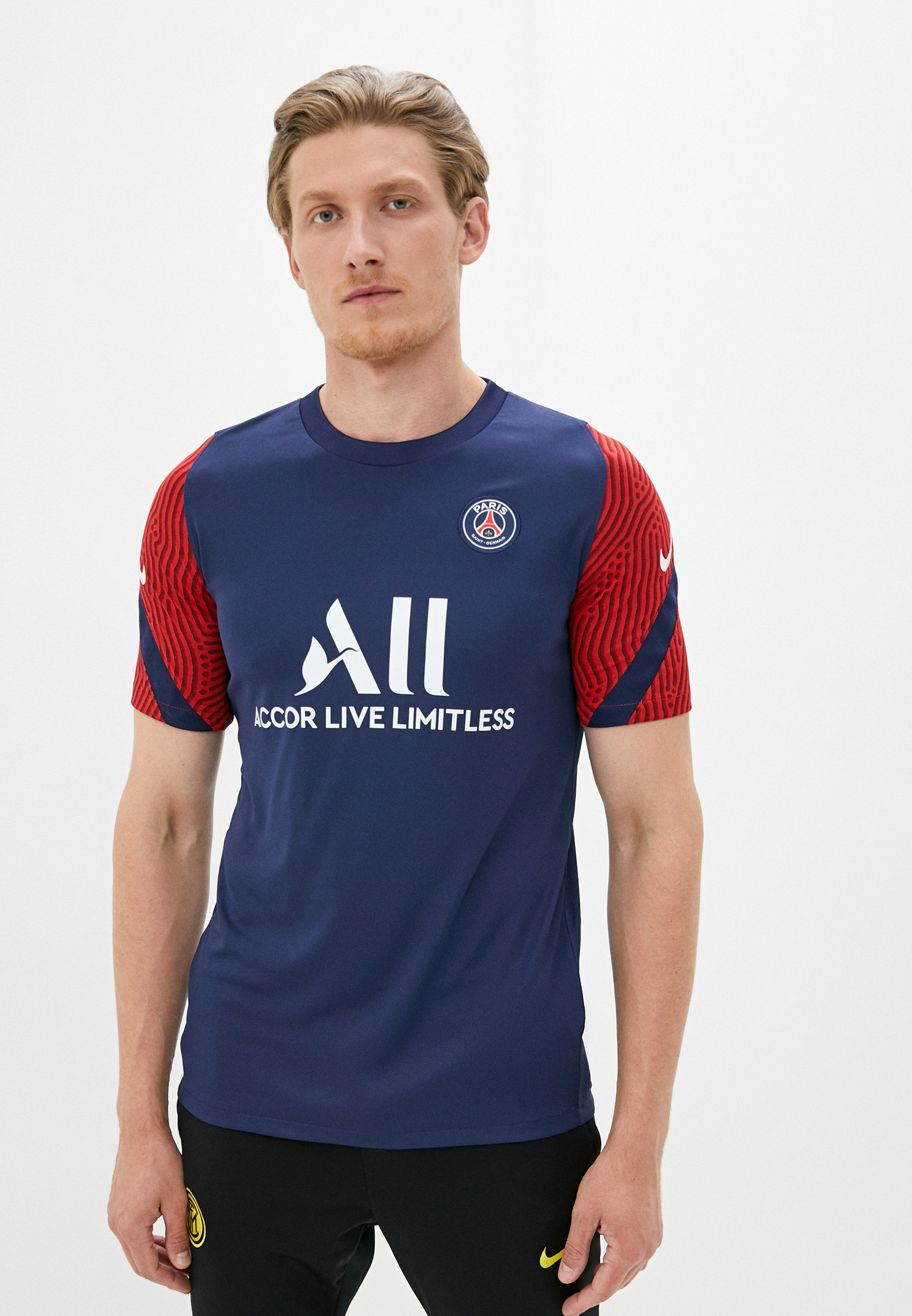 Спортивная футболка Nike (Найк) CD4915